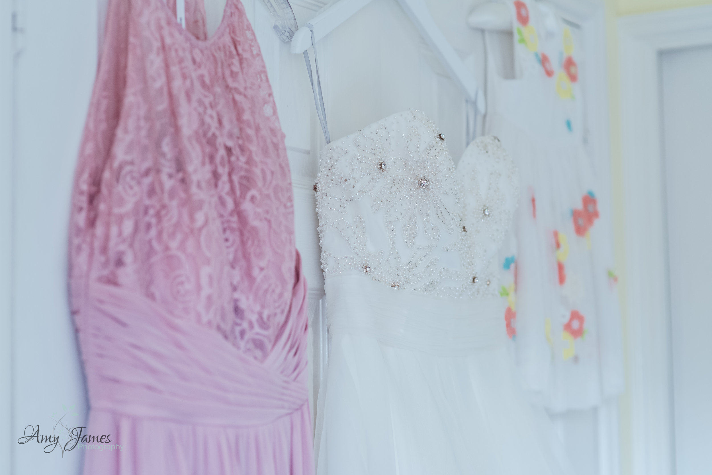 Taplins Place Wedding - Hampshire wedding Photographer - Fleet wedding photographer - Amy James Photography-8.jpg