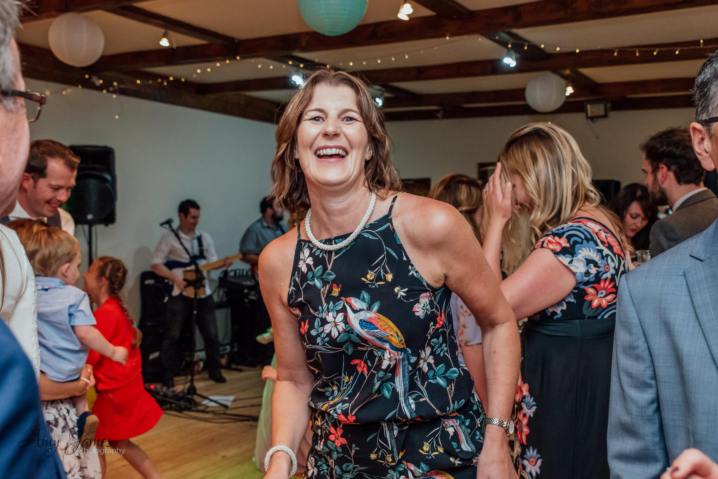 Taplins Place Wedding - Hampshire wedding Photographer - Fleet wedding photographer - Amy James Photography-103.jpg
