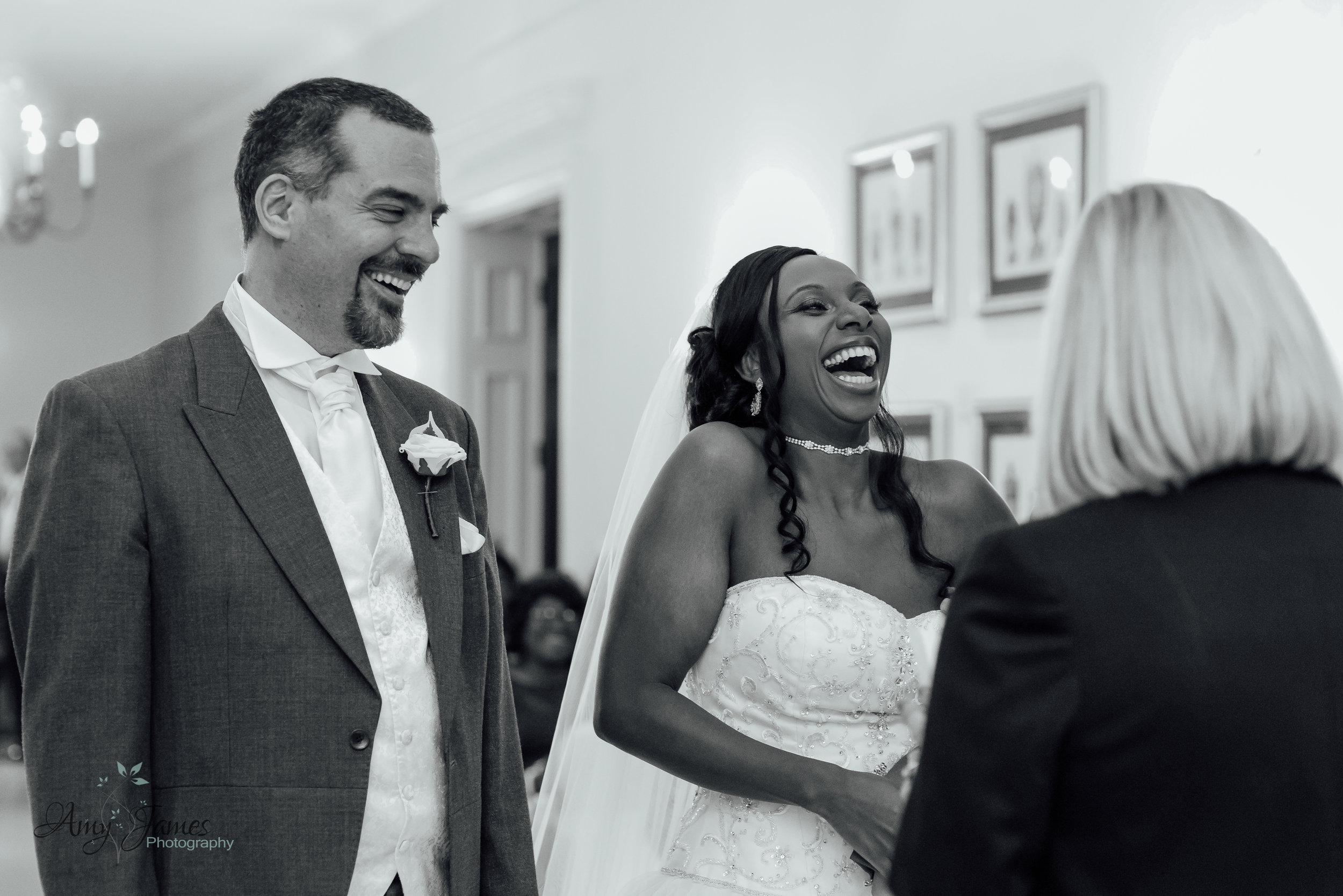 wedding at four seasons hotel Hampshire by Amy James Photography - documentary wedding photographer for Hampshire and Surrey