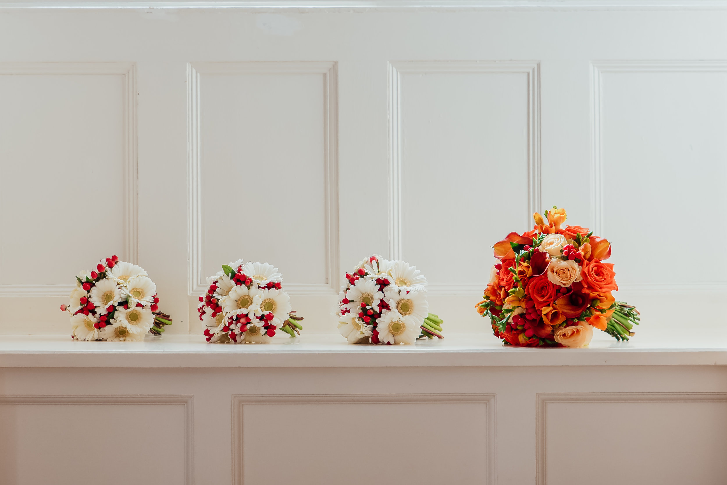 Autumnal bridal bouquet by Amy James Photography - Wedding photographer Hampshire