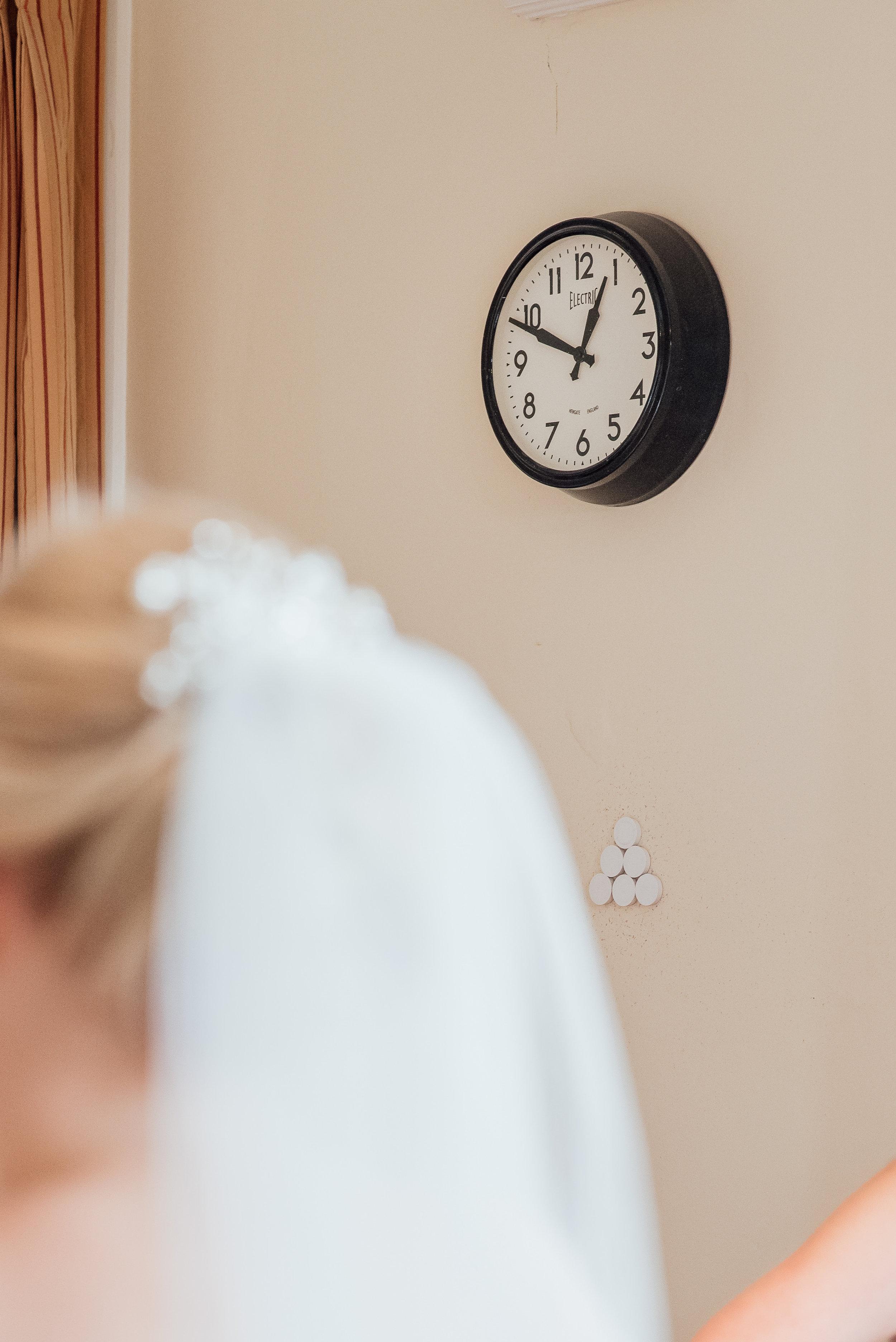Amy James Photography - Hampshire Wedding Photographer - Fleet Wedding Photographer - The Elvetham Wedding - bridal preparations -Elvetham Wedding Photographer - Hampshire Wedding Venue - Documentary wedding phohotgrapher - Natural wedding photographer Hampshire