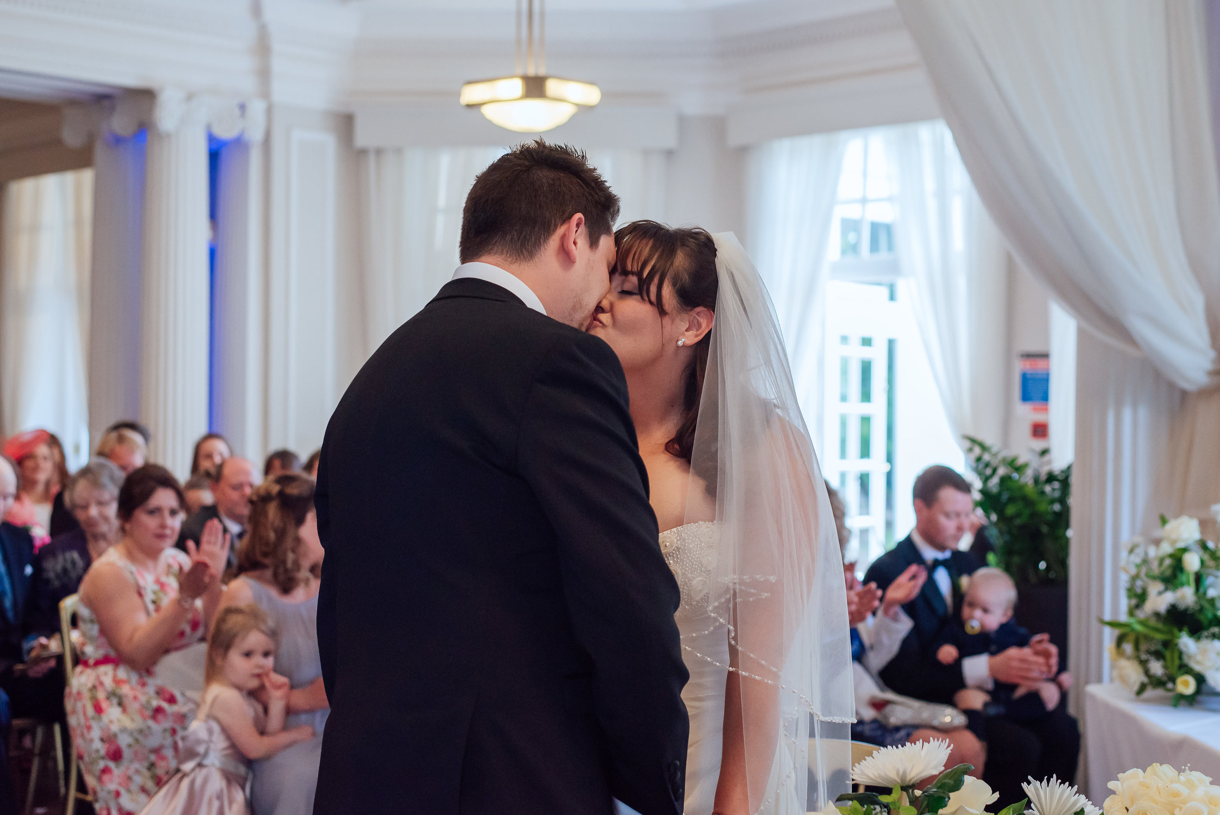 Wedding ceremony at Heatherden Hall Pinewood Park - Amy James Photography - Wedding photographer Hampshire Surrey and Berkshire