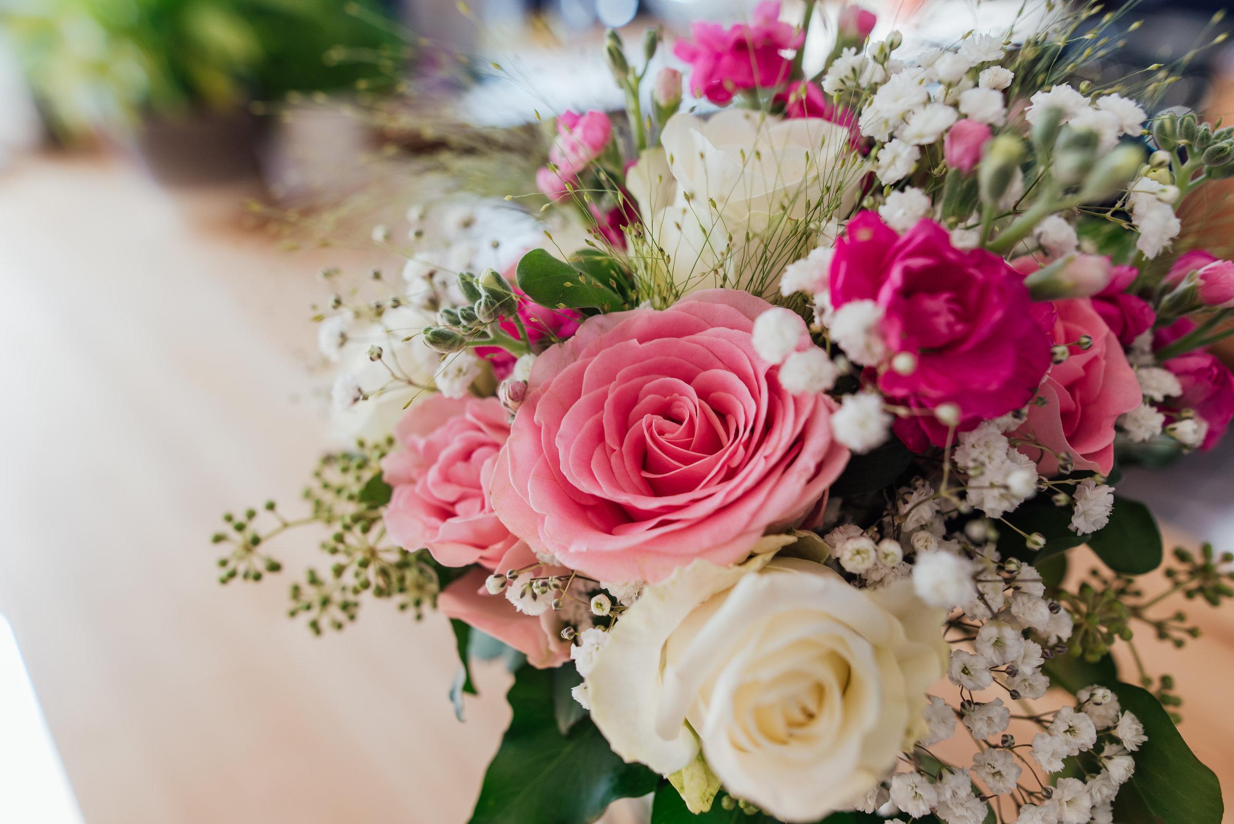 Hampshire-wedding-photographer : hampshire-village-hall-wedding : rotherwick-village-hall-wedding : wedding-photographer-hampshire : amy-james-photography : natural-wedding-photographer-hampshire : wedding-photographer-hampshire-80.jpg