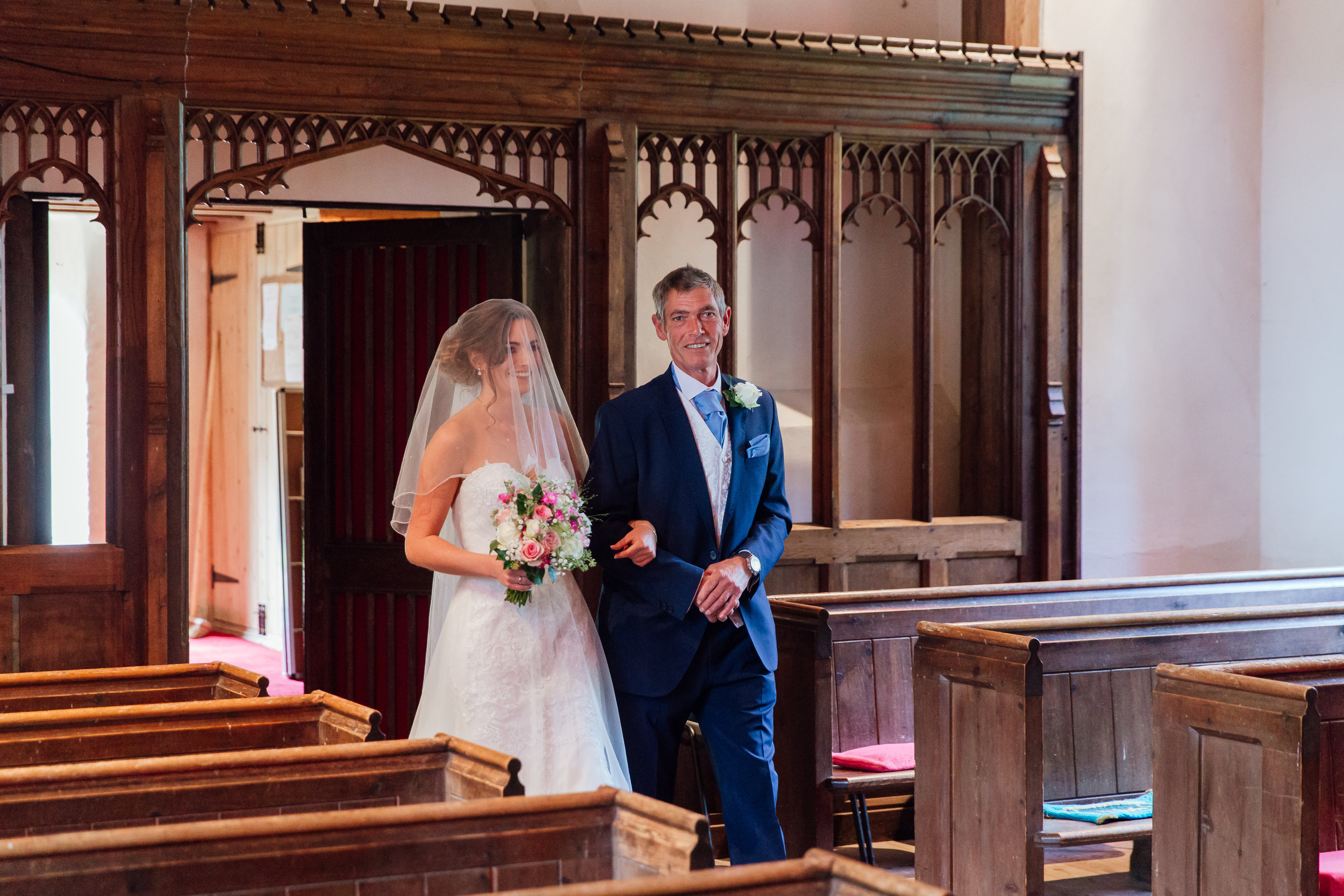 Rotherwick-villgae-hall-wedding-hampshire / Amy-james-photography / Wedding-photographer-hampshire /