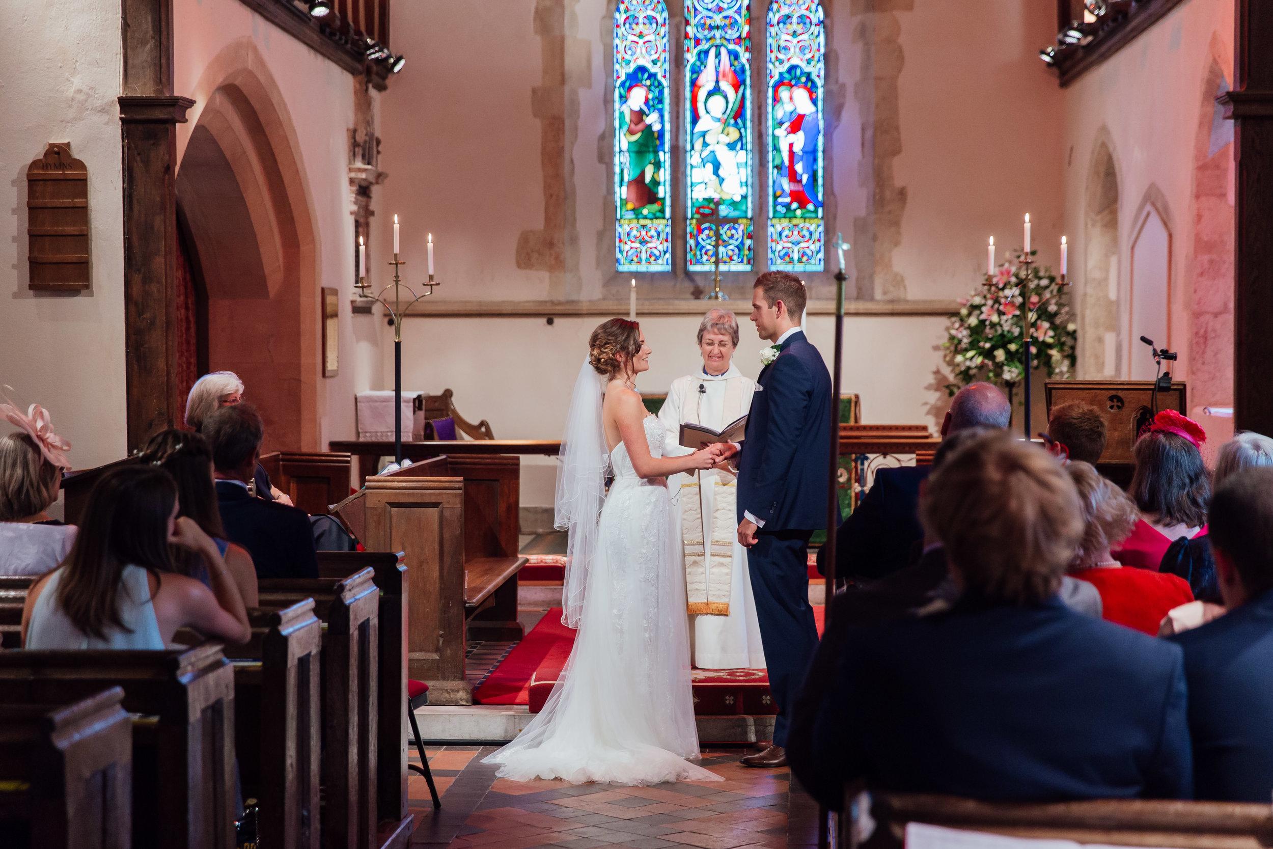 Hampshire-wedding-photographer : hampshire-village-hall-wedding : rotherwick-village-hall-wedding : wedding-photographer-hampshire : amy-james-photography : natural-wedding-photographer-hampshire : wedding-photographer-hampshire-307.jpg