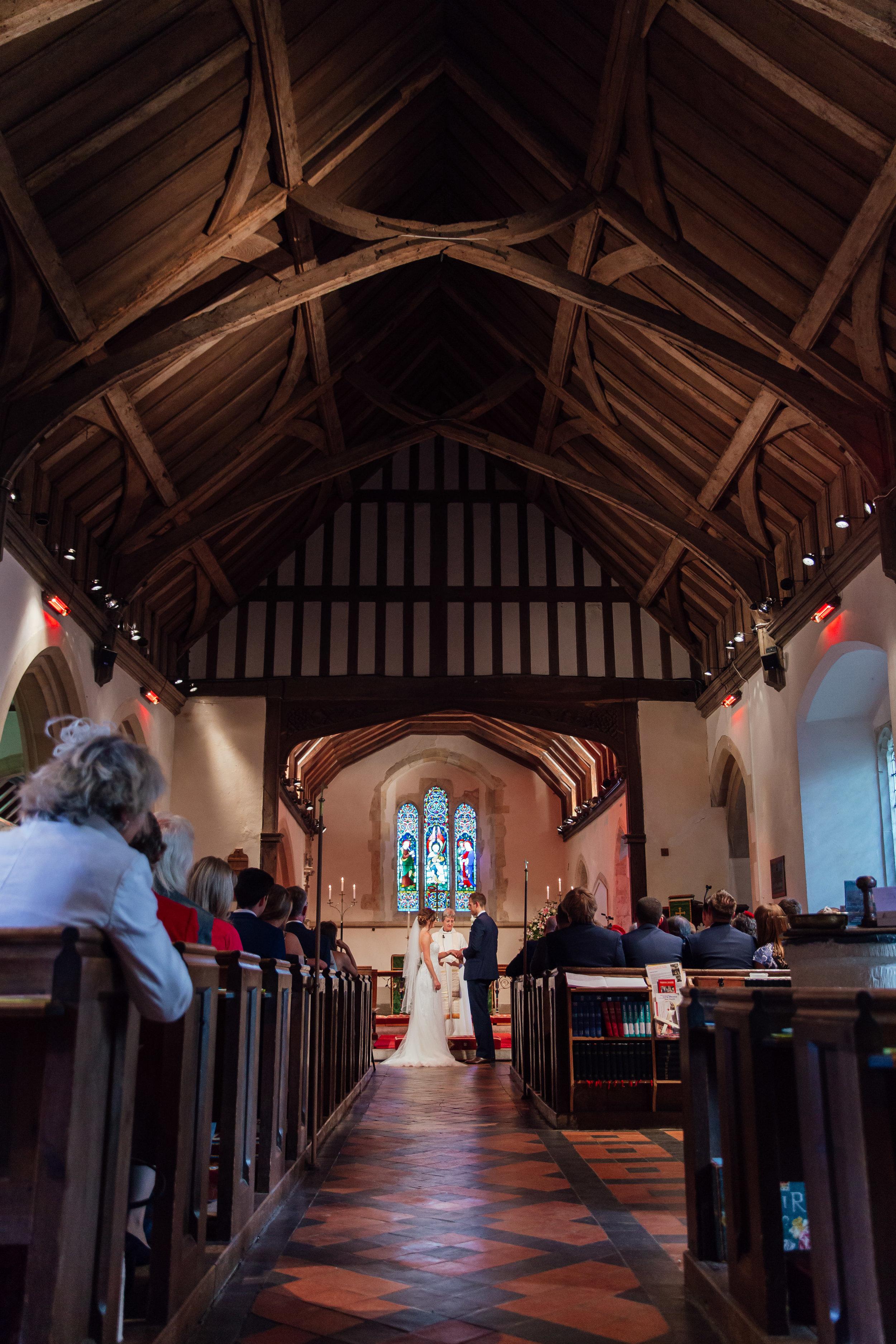 Hampshire-wedding-photographer : hampshire-village-hall-wedding : rotherwick-village-hall-wedding : wedding-photographer-hampshire : amy-james-photography : natural-wedding-photographer-hampshire : wedding-photographer-hampshire-324.jpg