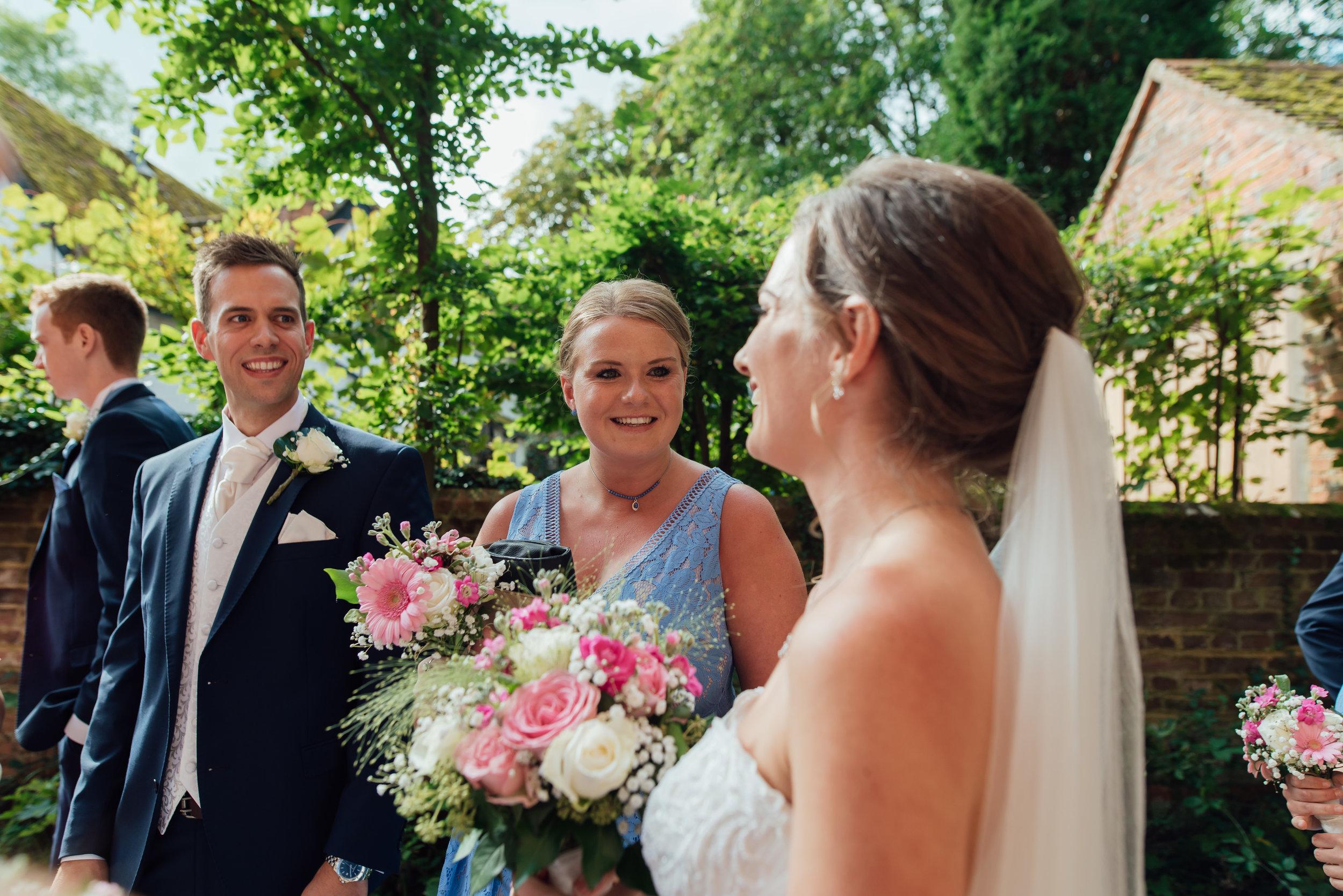 rotherwick-village-hall-wedding / Hampshire-wedding-photographer-hampshire / Amy-jmaes-photography / fleet-photographer