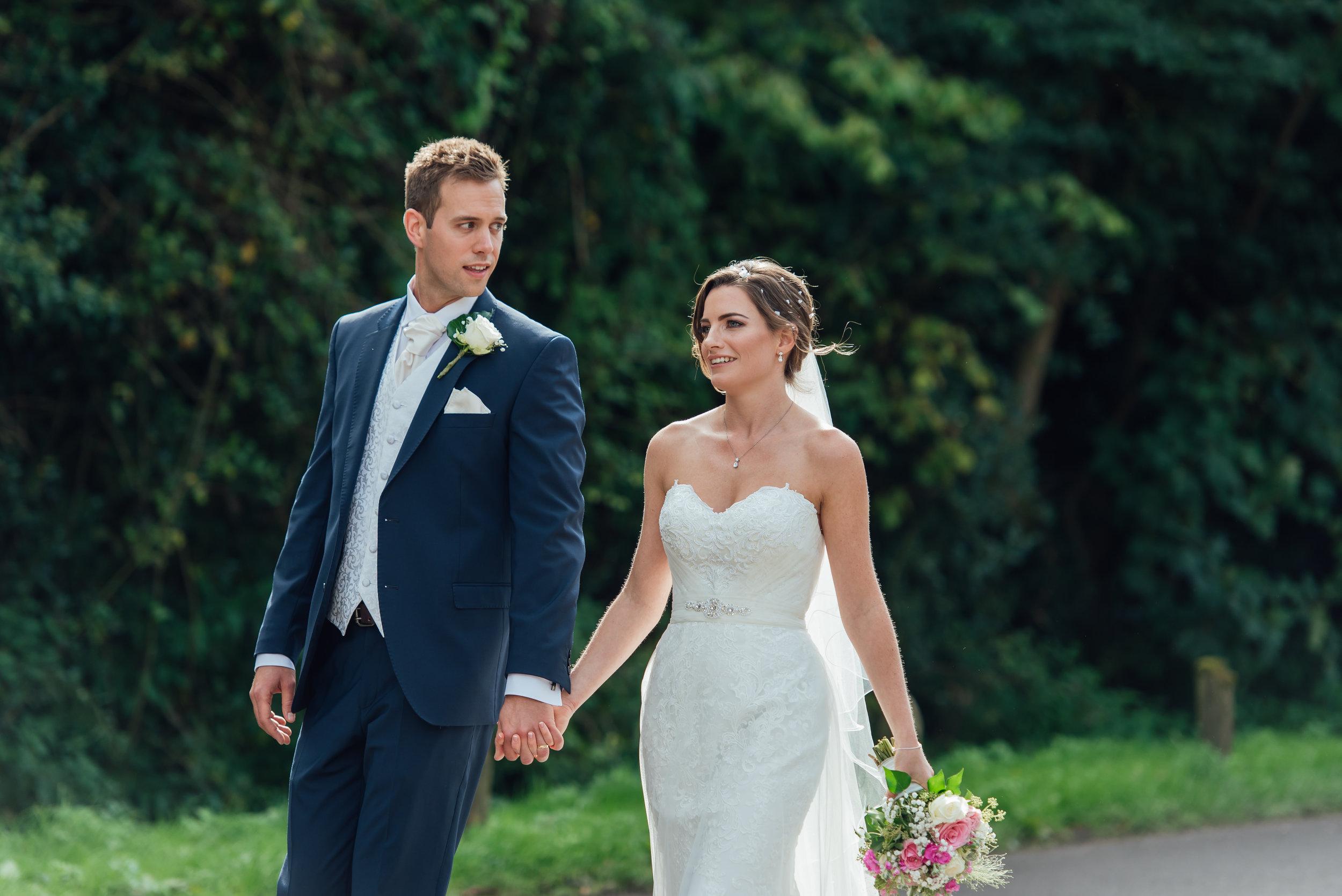 Hampshire-wedding-photographer : hampshire-village-hall-wedding : rotherwick-village-hall-wedding : wedding-photographer-hampshire : amy-james-photography : natural-wedding-photographer-hampshire : wedding-photographer-hampshire-487.jpg