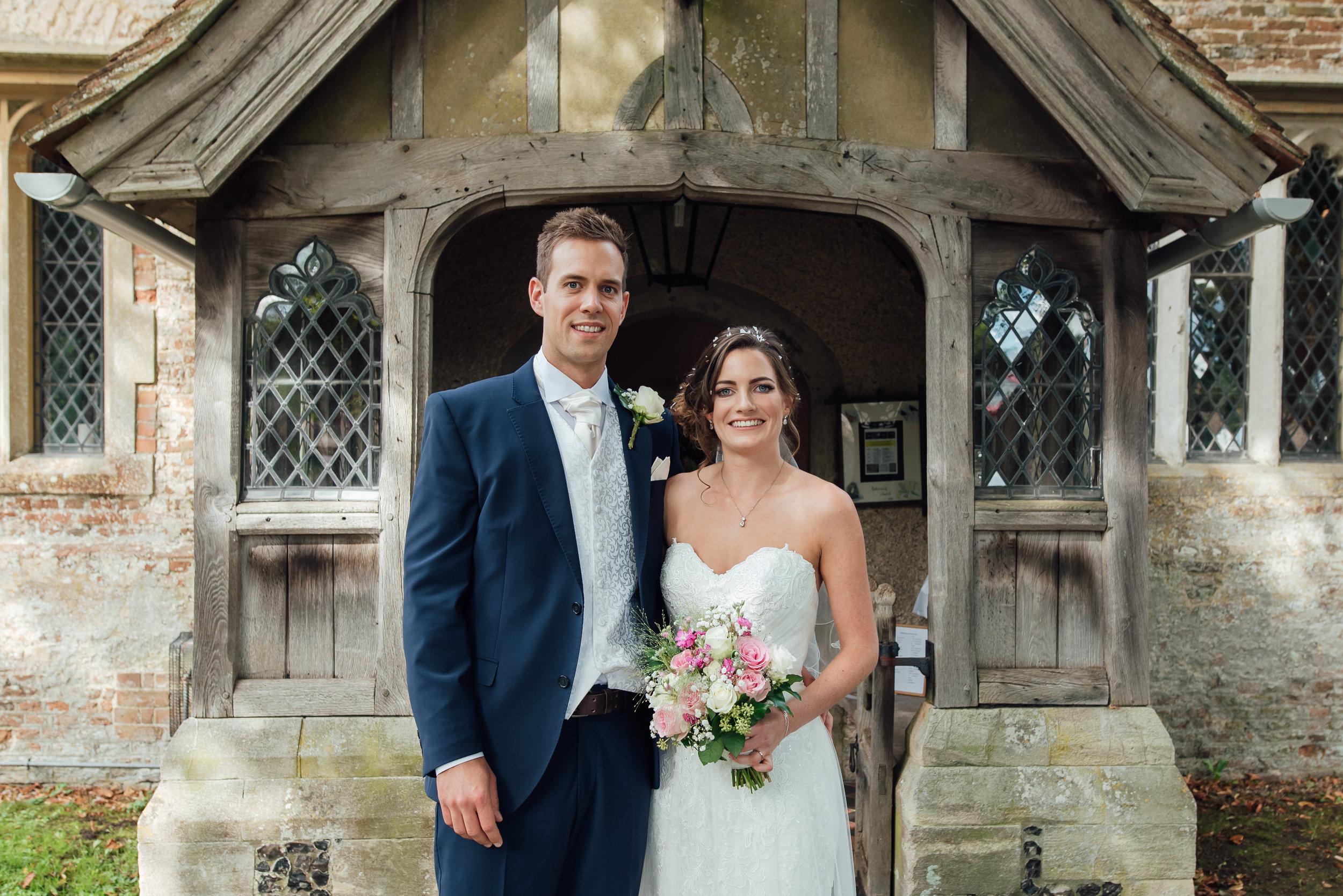 Hampshire-wedding-photographer : hampshire-village-hall-wedding : rotherwick-village-hall-wedding : wedding-photographer-hampshire : amy-james-photography : natural-wedding-photographer-hampshire : wedding-photographer-hampshire-471.jpg