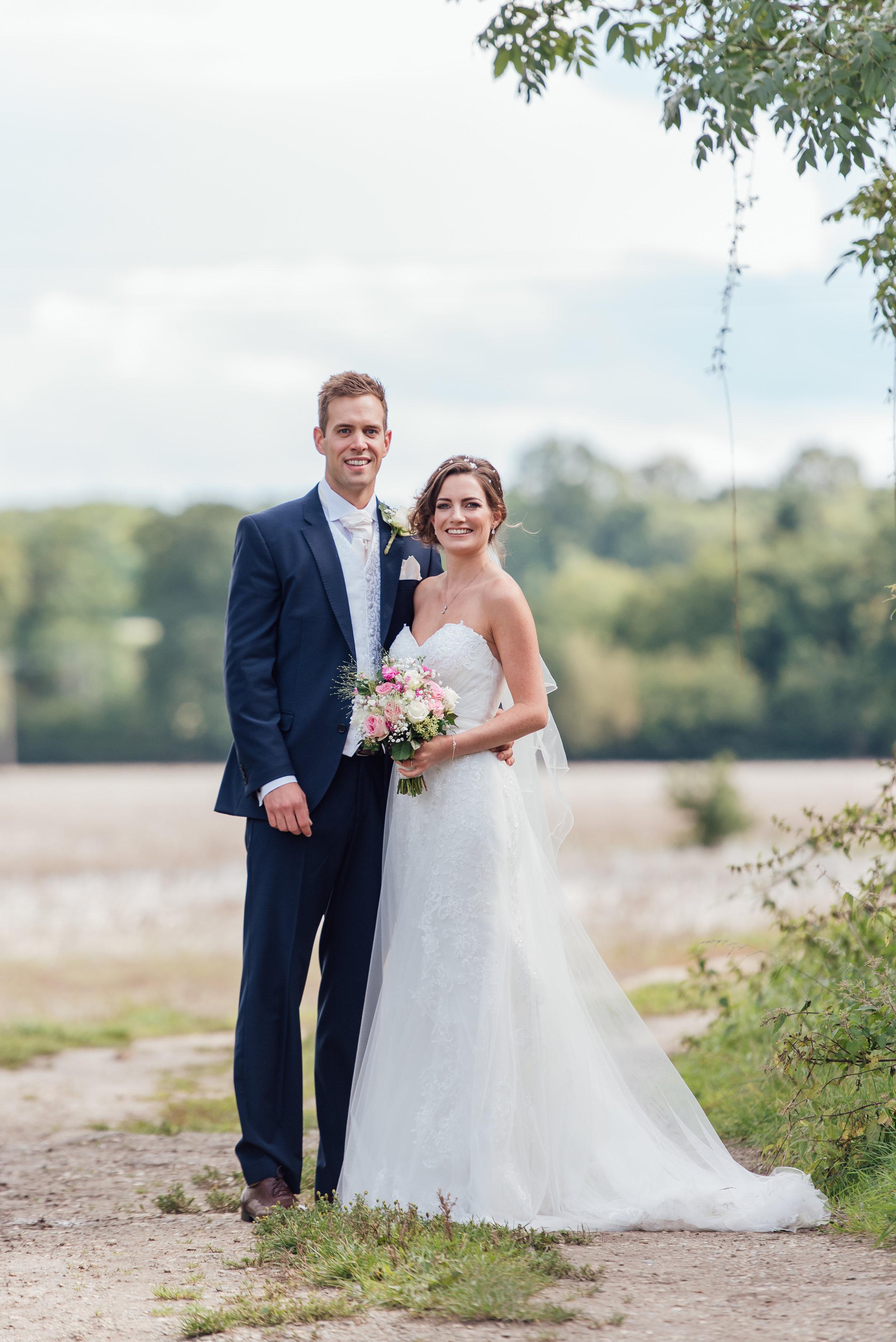 Rotherwick-village-hall-wedding-hampshire / Hampshire-wedding-photographer-hampshire / Amy-james-photography / fleet-wedding-photographer-fleet / village-hall-wedding-hampshire