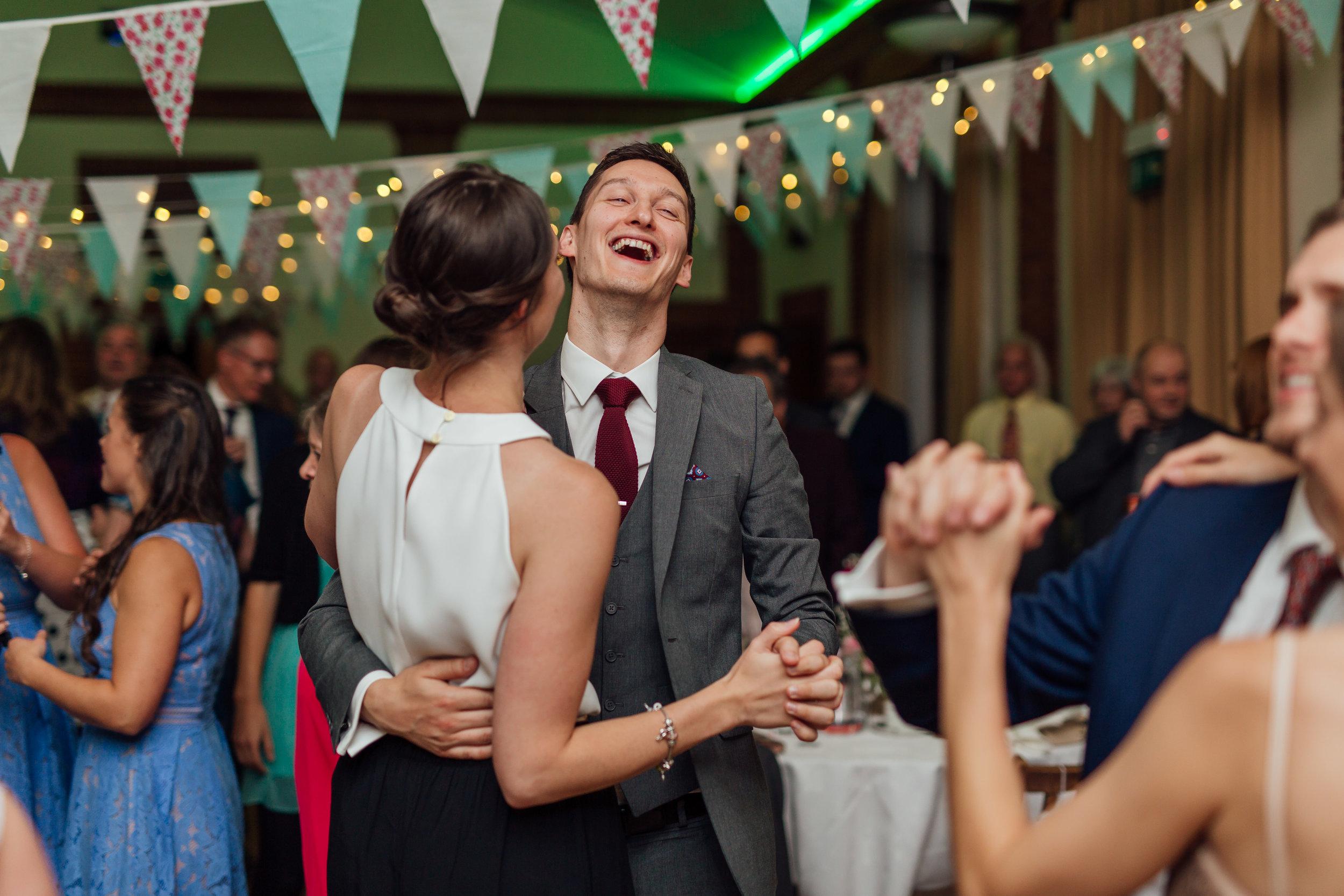 wedding-dancing-rotherwick-village-hall-wedding-hampshire / Amy-james-photography / Hampshire-wedding-photographer-hampshire