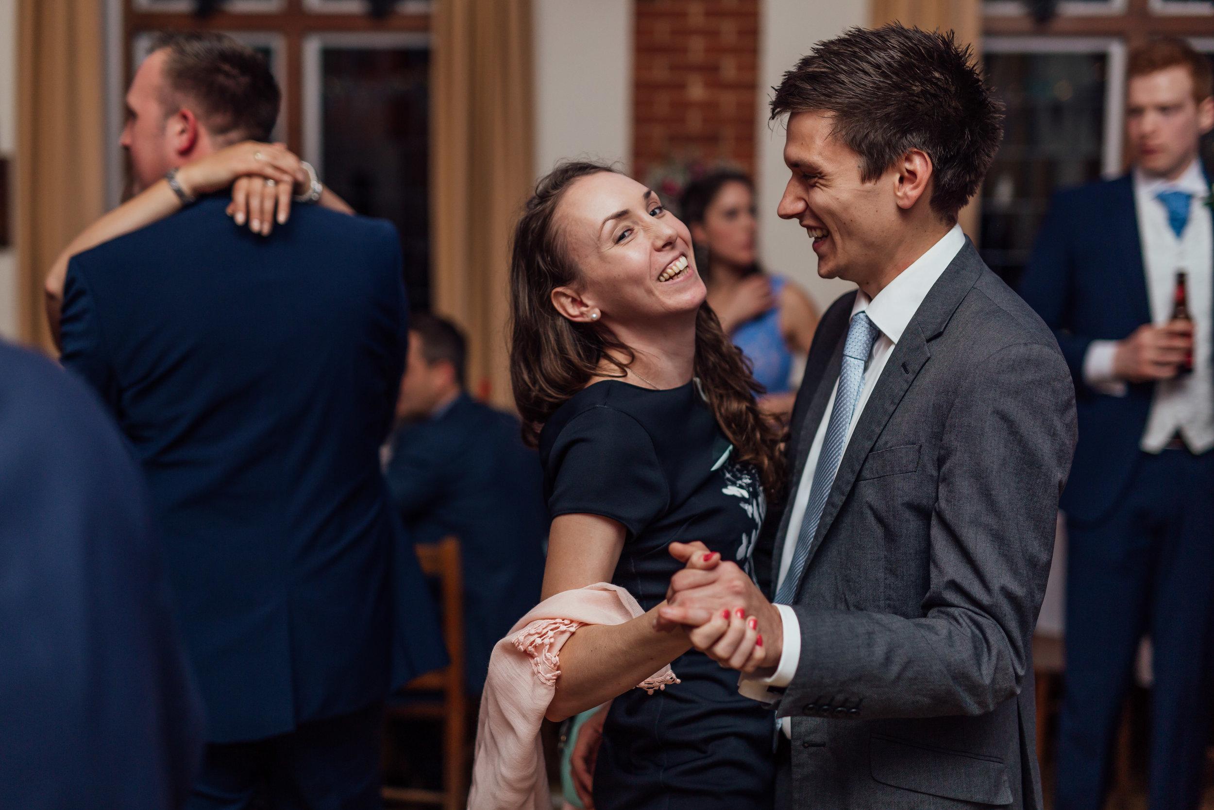 wedding-dancing-rotherwick-village-hall-wedding-hampshire / Hampshire-wedding-photographer-hampshire / village-hall-wedding