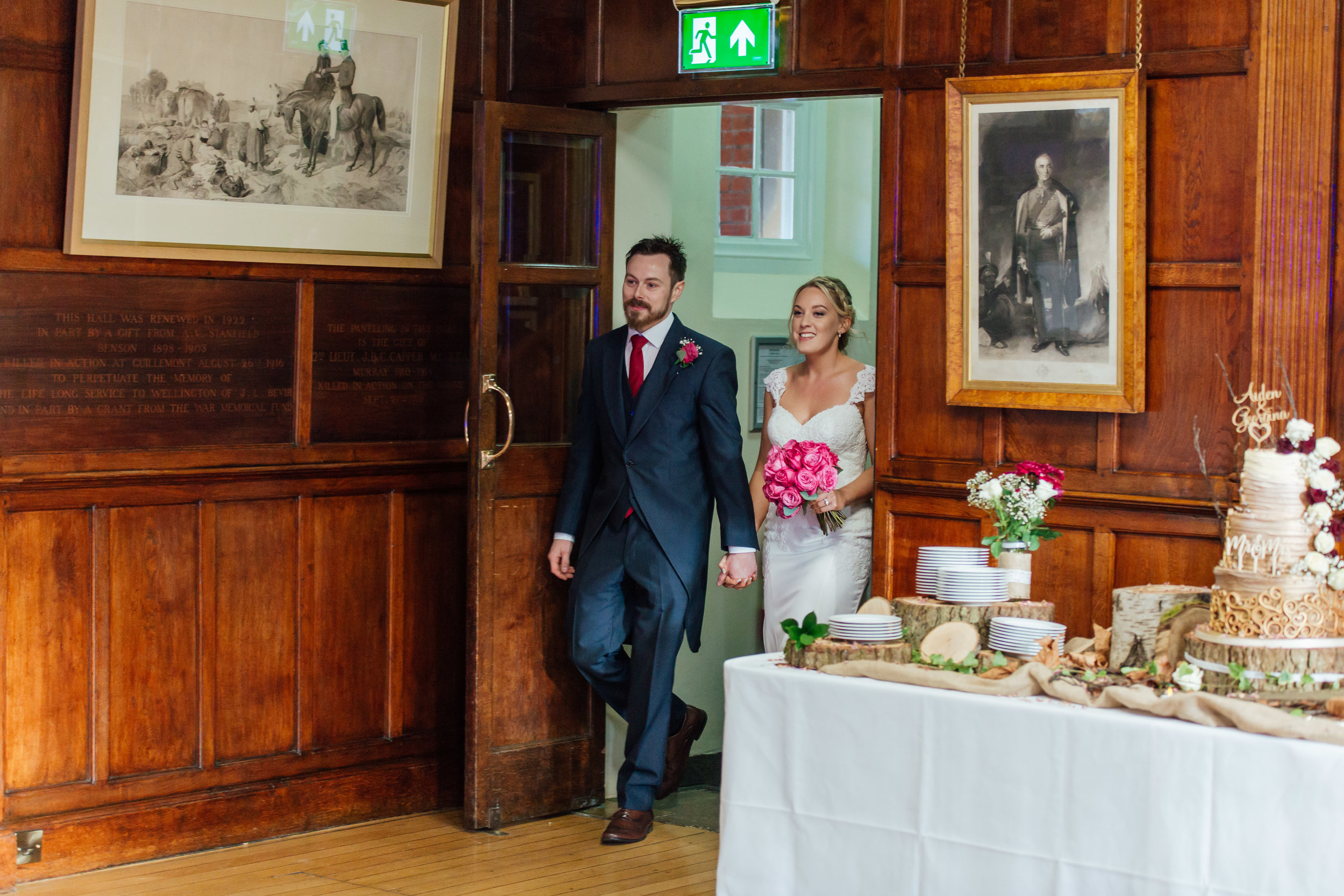 bride-and-groom-wellington-college-wedding / Amy-james-photography-hampshire-wedding-photographer-hampshire