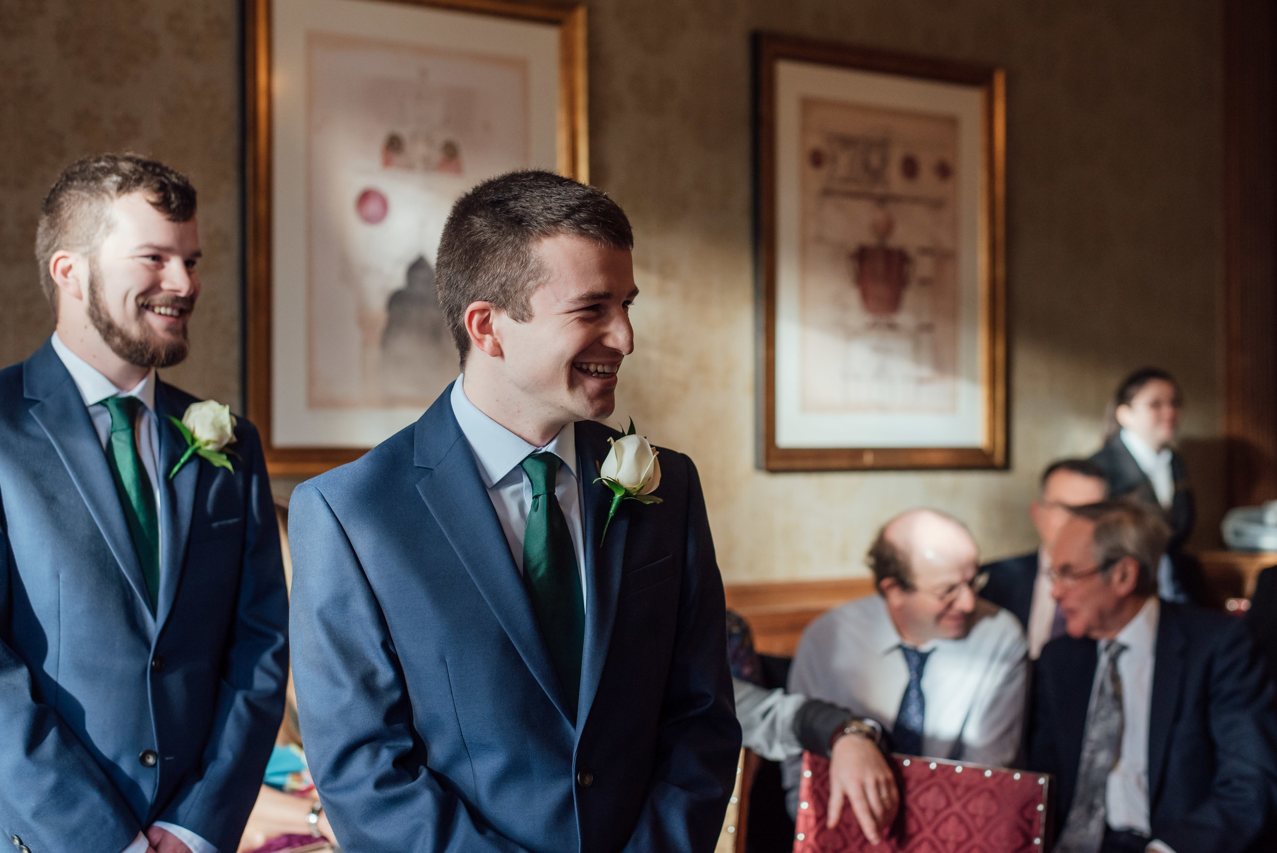 Hampshire-wedding-photographer-hampshire / Amy-James-photography / tylney-hall-wedding-hook-hampshire /hampshire-wedding-venue / fleet-wedding-photographer-farnborough / natural-wedding-photographer / fun-wedding-photographer / documentary-wedding-photographer / Autumn-Wedding-inspiration