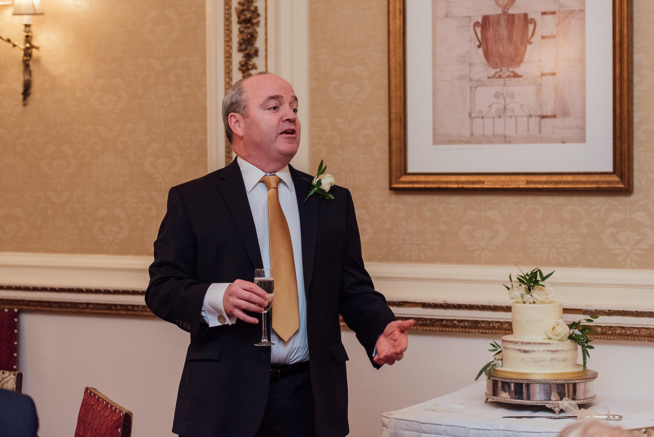 hampshire-wedding-photographer-hampshire / Amy-james-photography / tylney-hall-wedding / tylney-hall-wedding-photographer / hook-hampshire-wedding-venue / autumn-wedding / documentary-wedding-photographer-hampshire / fleet-wedding-photographer-farnborough