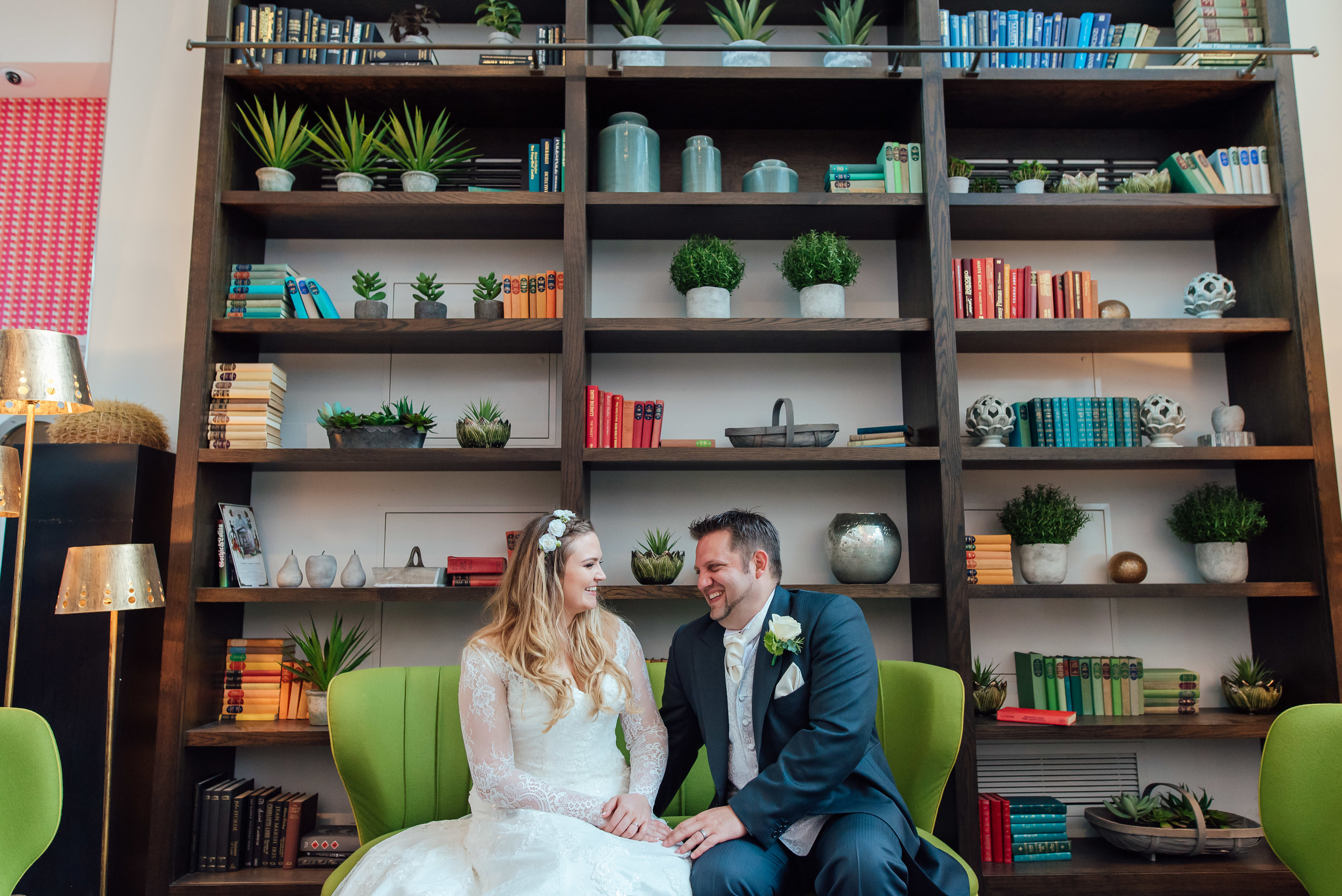 Sarah-fishlock-hampshire-wedding-photograper / hampshire-wedding-venue / wedding-guilford / wedding-photographer-surrey / fleet-wedding-photographer-hampshire / Guildford-harbour-hotel-wedding