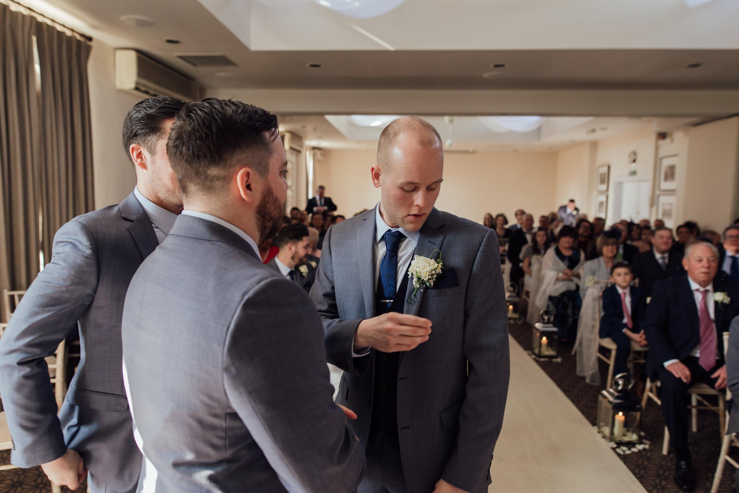 Sarah-Fishlock-Photography-Hampshire-wedding-photographer : fleet-wedding-photographer-fleet : warbrook-house-wedding-venue : warbrook-house-wedding-photographer : hampshire-wedding-venue