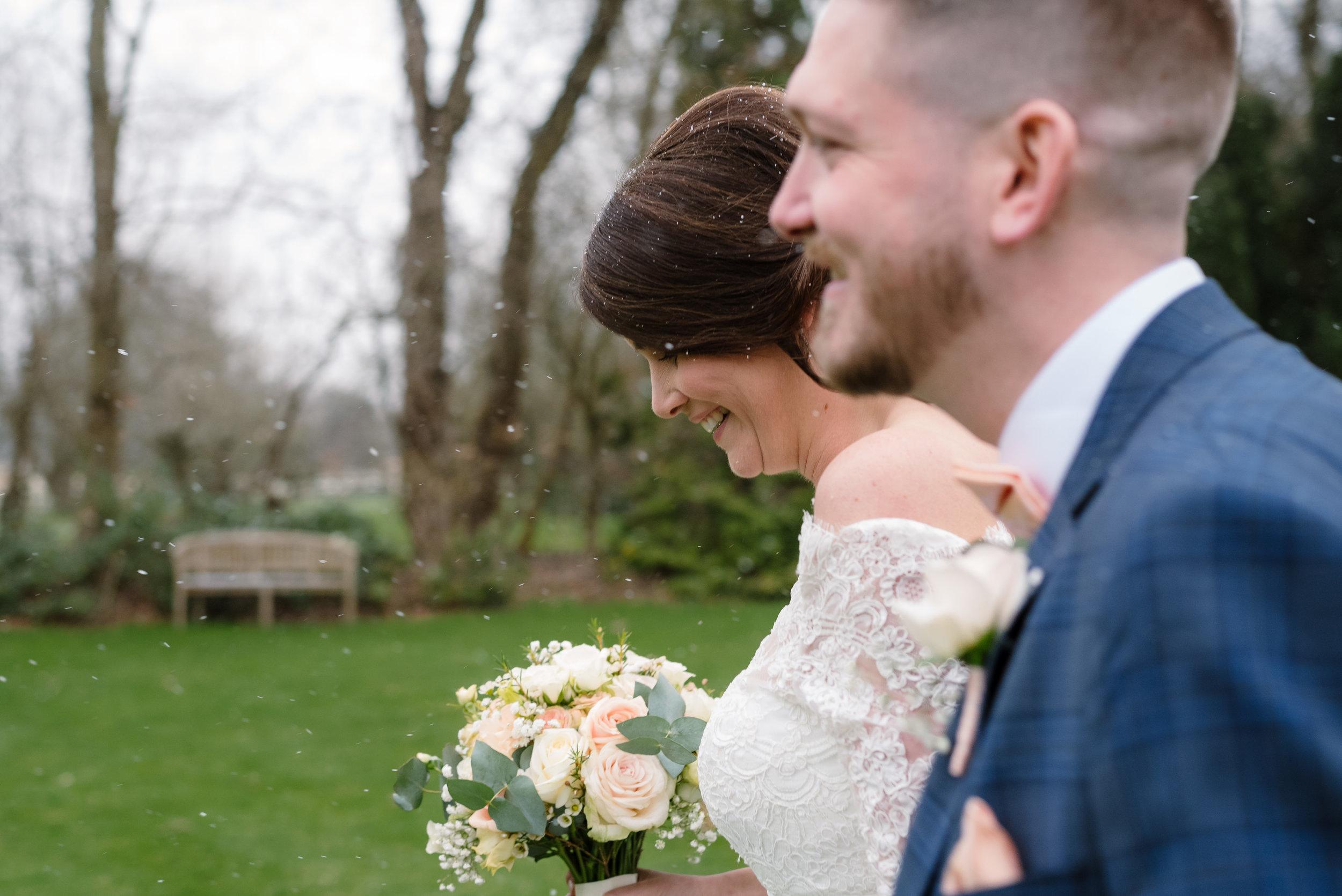 Sarah-Fishlock-Photography-Hampshire-wedding-photographer-hampshire : fleet-wedding-photographer-fleet : rivervale-barn-wedding-photographer : hampshire-barn-wedding-venue : hampshire-wedding-venue : barn-wedding-hampshire : rivervale-barn-774.jpg
