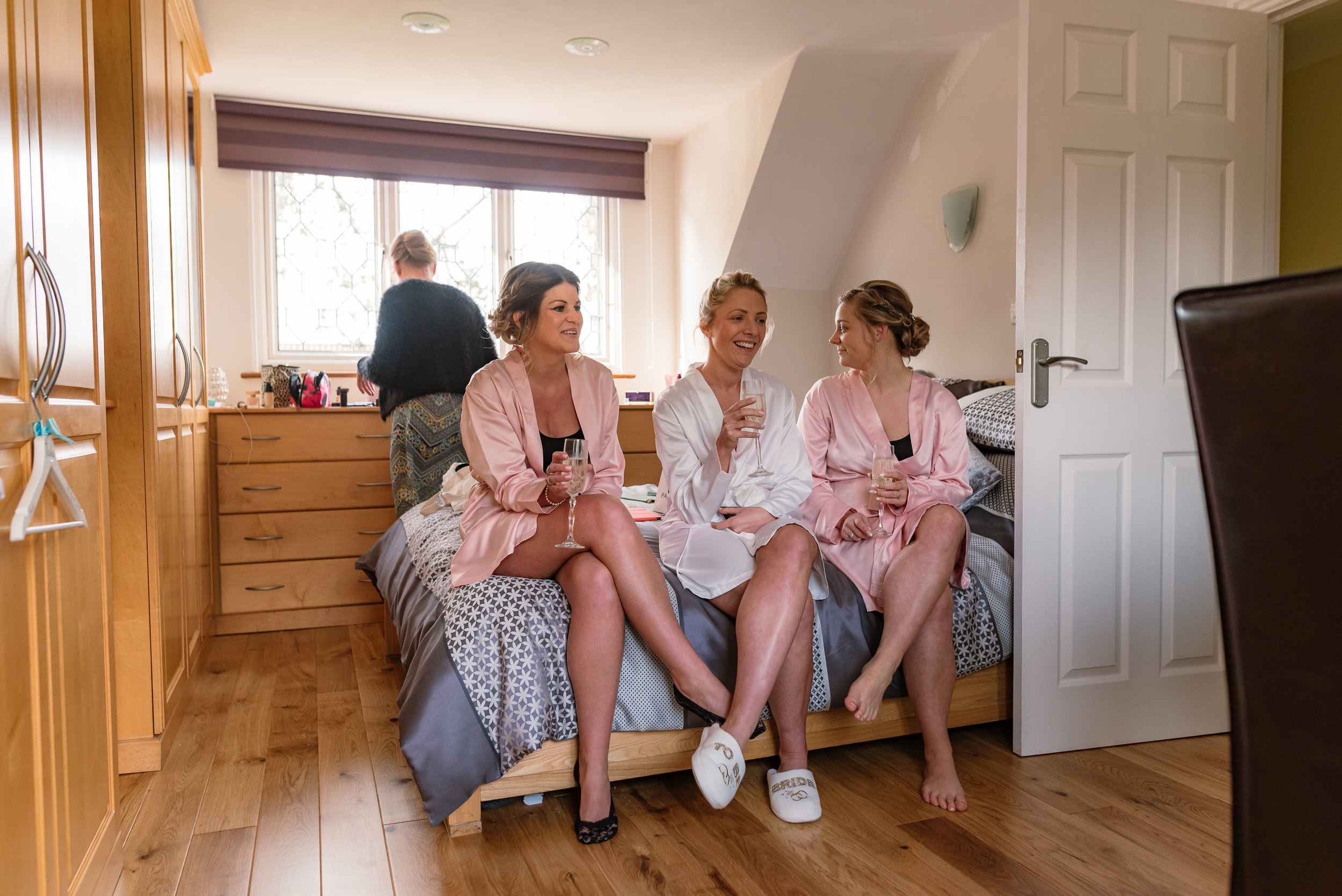 Sarah-Fishlock-Photography / Hampshire-wedding-photographer-hampshire / fleet-wedding-photographer-fleet / Hampshire-church-wedding / Hampshire-wedding-venue / Hampshire-hotel-wedding-venue /