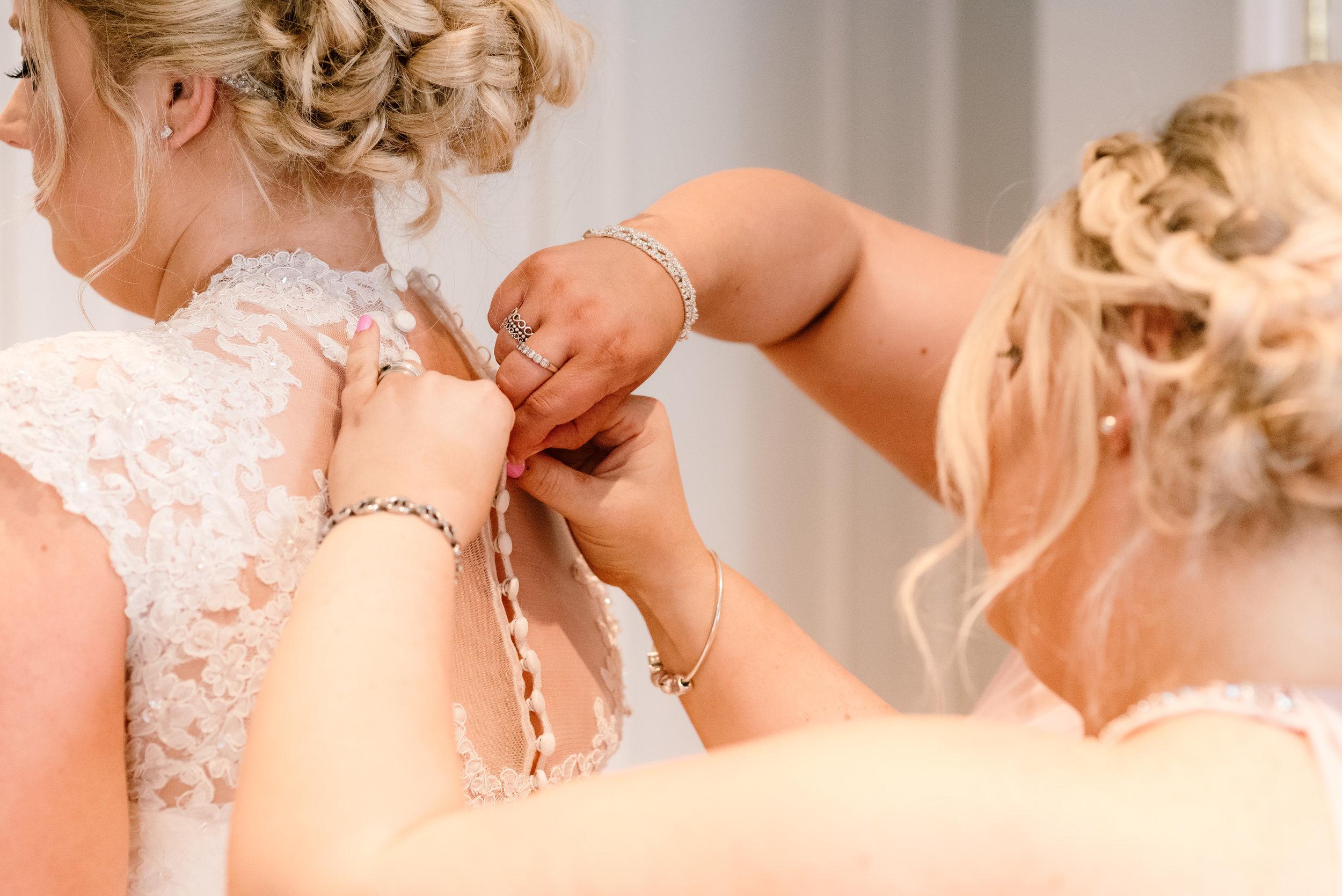Sarah-fishlock-photography / hampshire-wedding-photographer-hampshire / fleet-wedding-photographer-fleet / northbrook-park-wedding-photographer / northbrook-park-wedding-venue / farnham-wedding-venue / hampshire-wedding-venue / Surrey-wedding-venue / Surrey-wedding-photographer / natural-wedding-photographer / natural-wedding-photos /