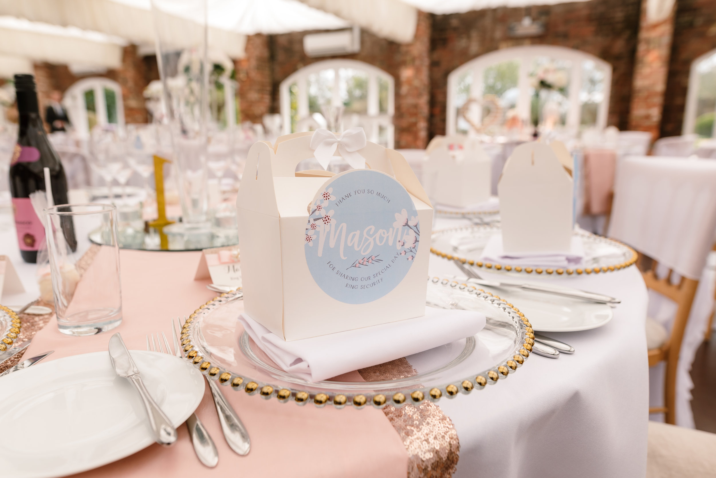 Sarah-Fishlock-Photography : Hampshire-wedding-photographer-hampshire : fleet-wedding-photographer-fleet : Northbrook-Park-Wedding-Photographer : Northbrook-Park-Wedding-Venue : natural-wedding-photographer-hampshire-619.jpg