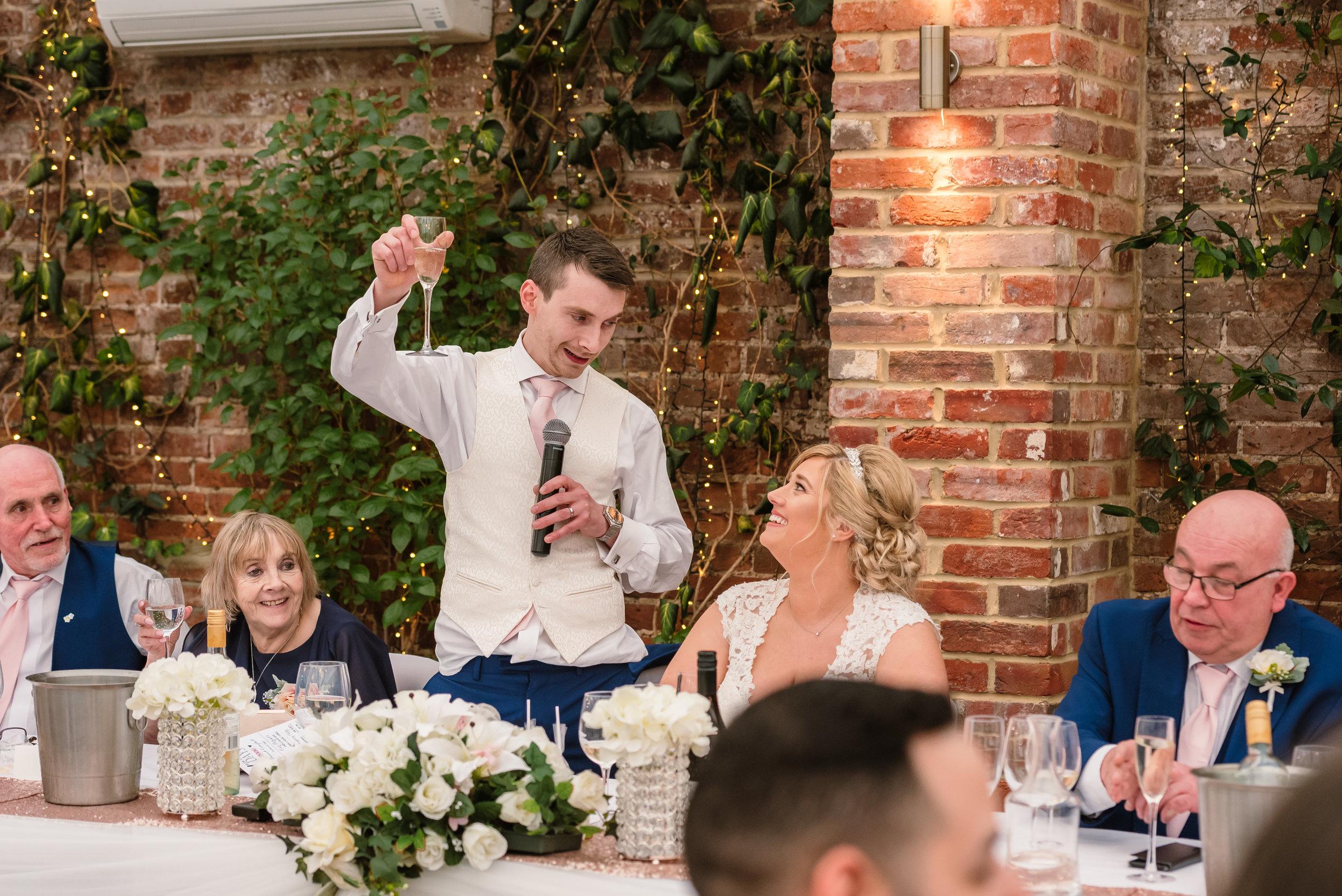Sarah-Fishlock-Photography : Hampshire-wedding-photographer-hampshire : fleet-wedding-photographer-fleet : Northbrook-Park-Wedding-Photographer : Northbrook-Park-Wedding-Venue : natural-wedding-photographer-hampshire-898.jpg