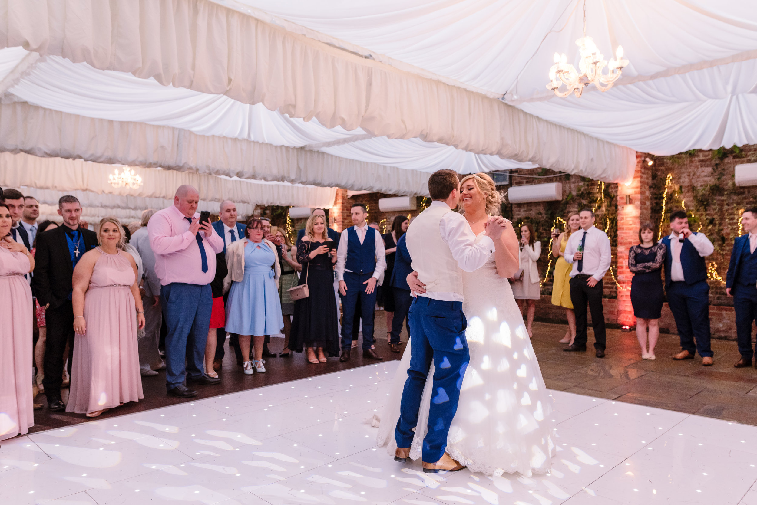 Sarah-Fishlock-Photography : Hampshire-wedding-photographer-hampshire : fleet-wedding-photographer-fleet : Northbrook-Park-Wedding-Photographer : Northbrook-Park-Wedding-Venue : natural-wedding-photographer-hampshire-