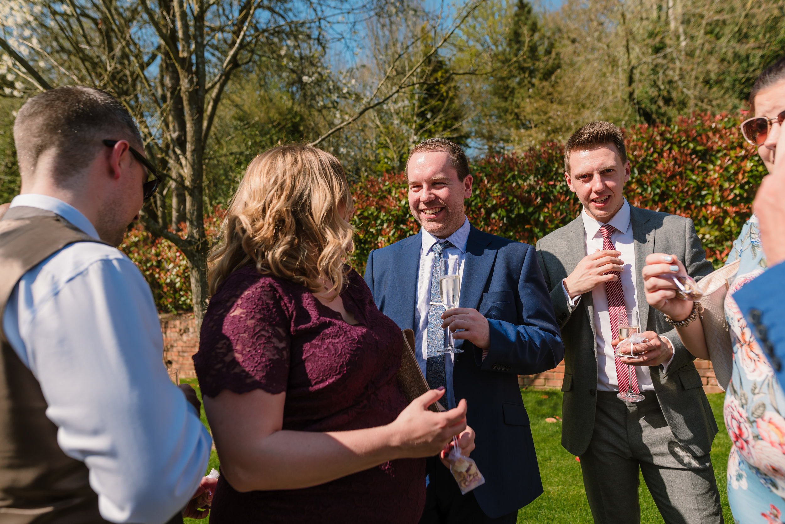 Sarah-Fishlock-Photography : Hampshire-wedding-photographer-hampshire : fleet-wedding-photographer-fleet : Millbridge-Court-Wedding-Photographer : Millbridge-Court-Wedding-Venue : Surrey-wedding-venue