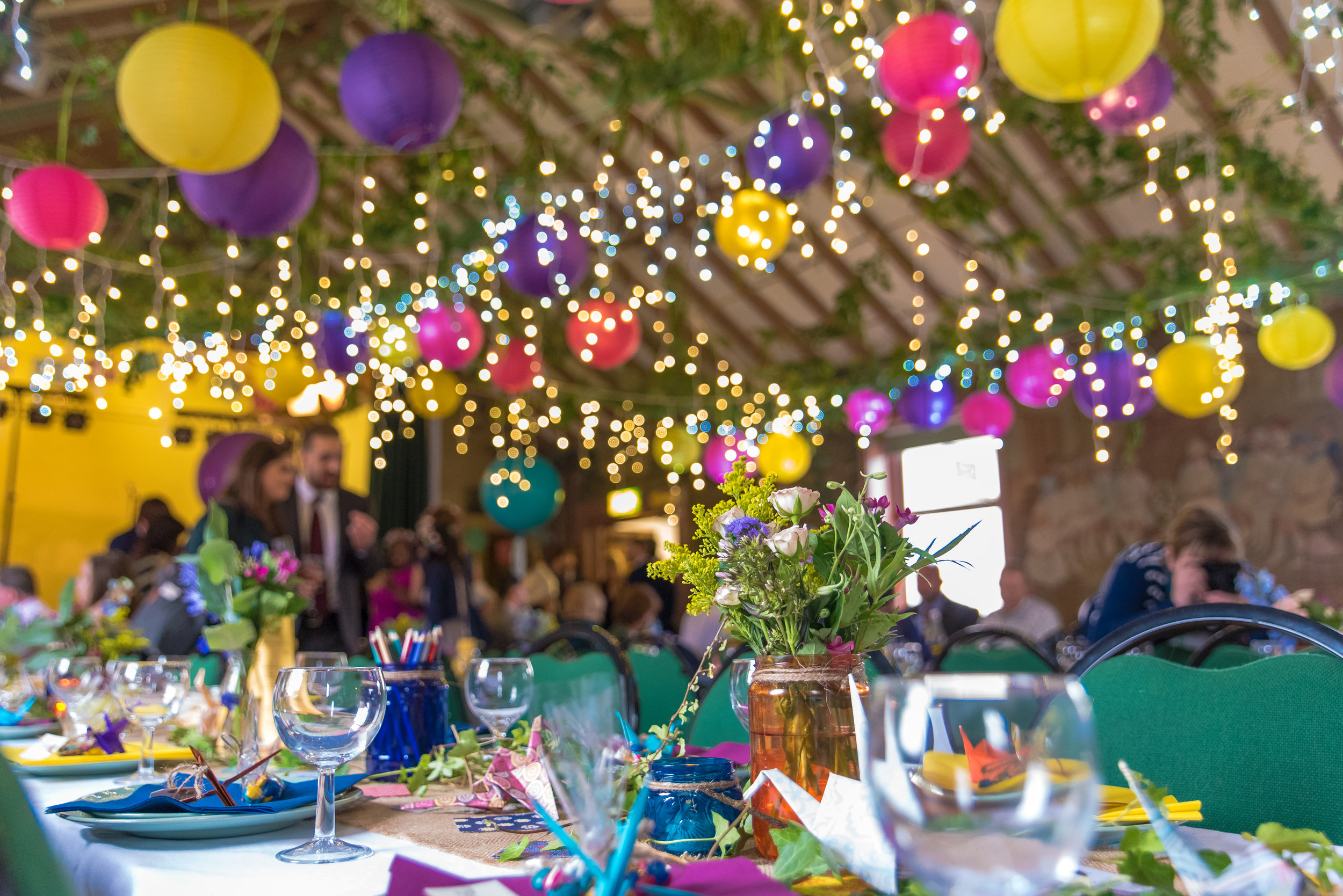 Hampshire-Village-Hall-Wedding-Venue / Sarah-Fishlock-Photography / Fleet-Hampshire-Wedding-Photographer / Surrey-village-hall-wedding / Village-Hall-Wedding-Ideas-Inspiration / Village-fete-wedding / New-Forest-Village-Hall-Wedding