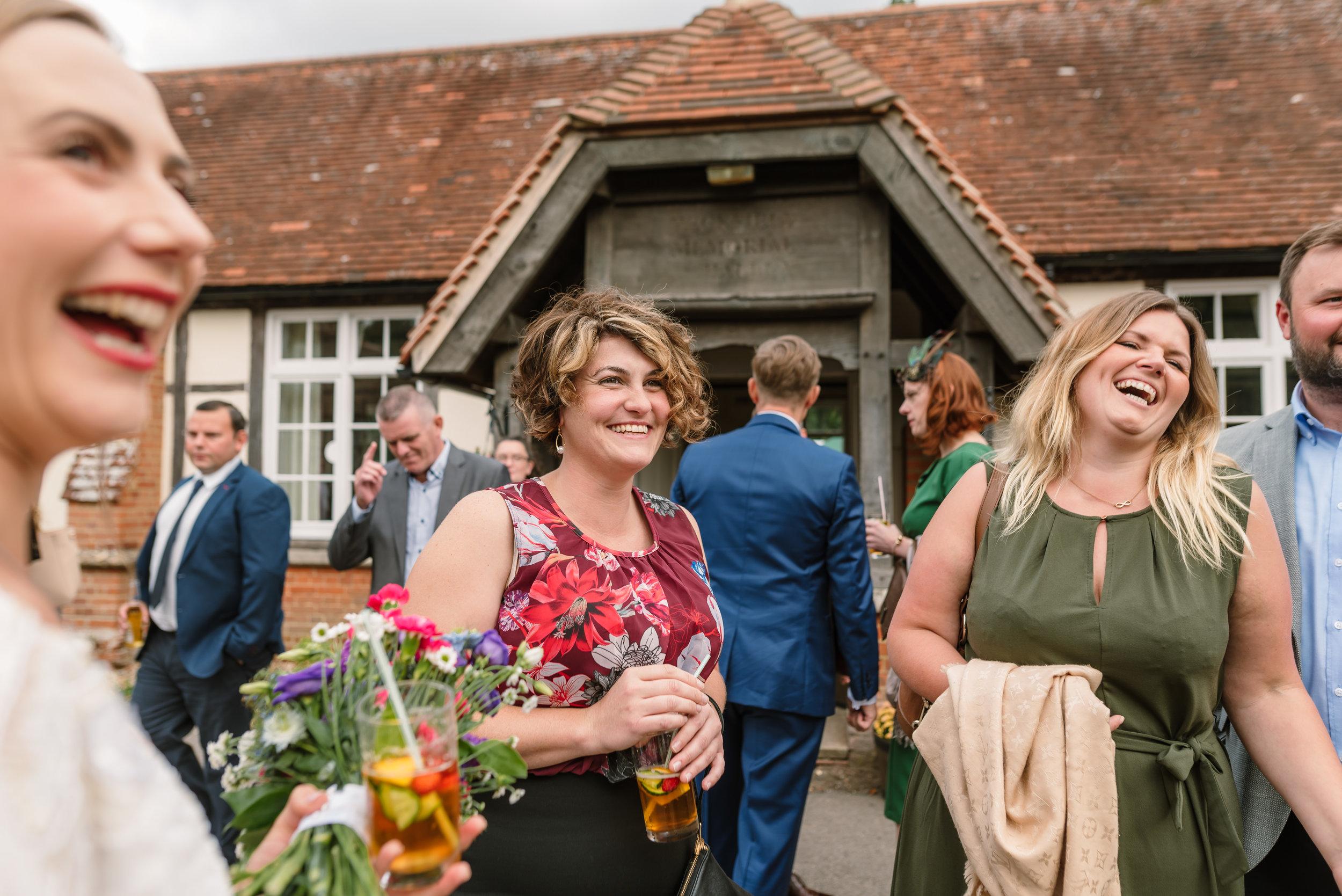 New Forest Village Hall Wedding / Sarah-Fishlock-Photography / Hampshire-Wedding-Photographer-Hampshire / wedding-food