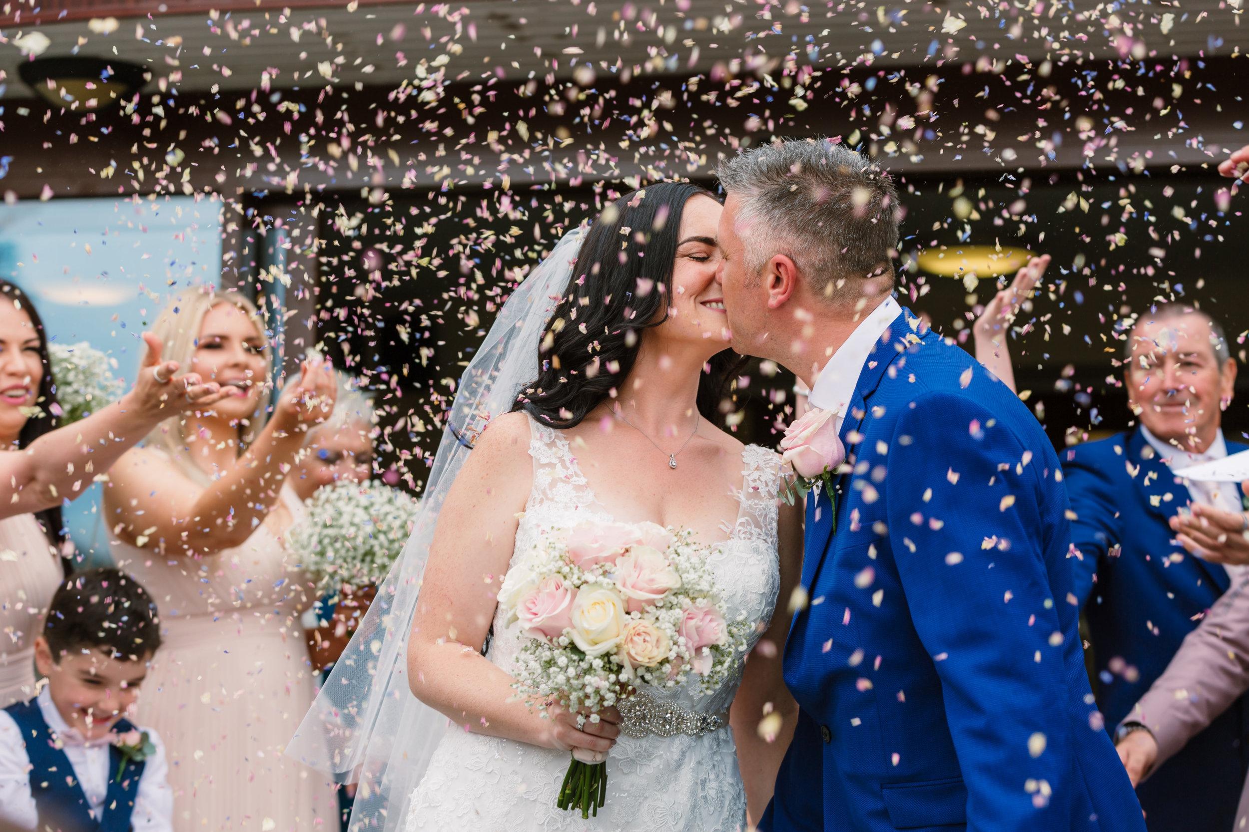 Sarah-Fishlock-Photography : Hampshire-wedding-photographer-hampshire : fleet-wedding-photographer-fleet : Meade-Hall-Wedding-Photographer : Meade-Hall-Wedding-Photos
