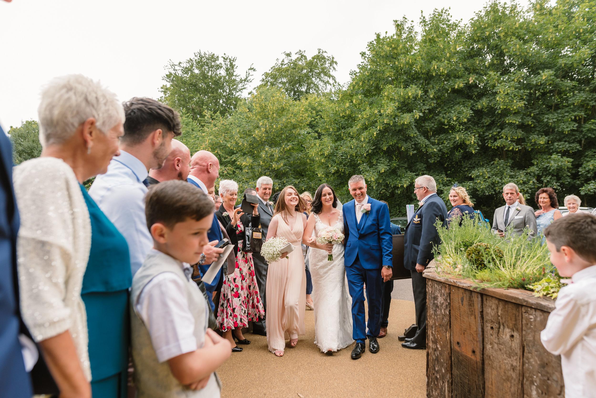 Sarah-Fishlock-Photography : Hampshire-wedding-photographer-hampshire : fleet-wedding-photographer-fleet : Meade-Hall-Wedding-Photographer : Meade-Hall-Wedding-Photos-595.jpg