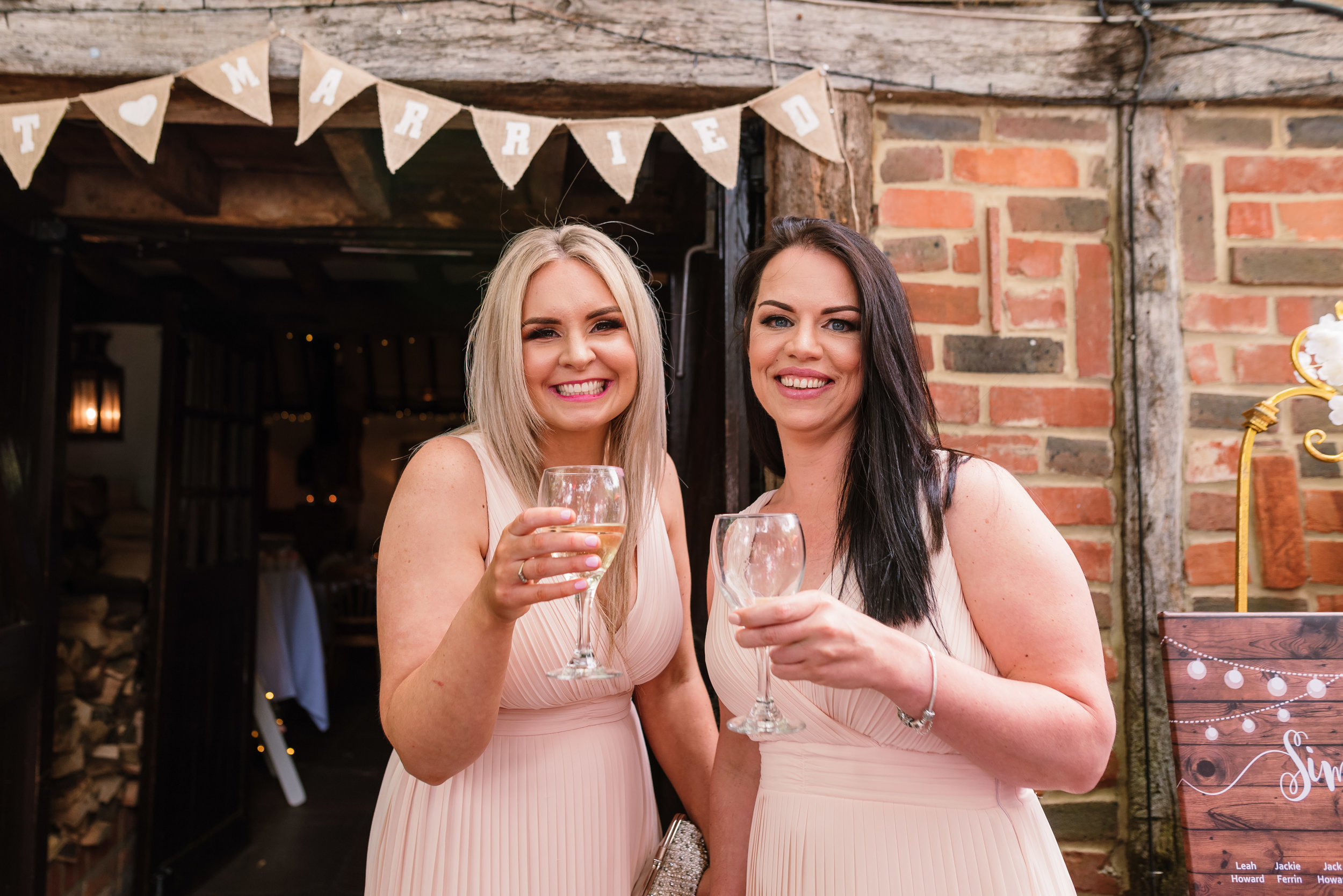 Sarah-Fishlock-Photography : Hampshire-wedding-photographer-hampshire : fleet-wedding-photographer-fleet : Meade-Hall-Wedding-Photographer : Meade-Hall-Wedding-Photos-660.jpg