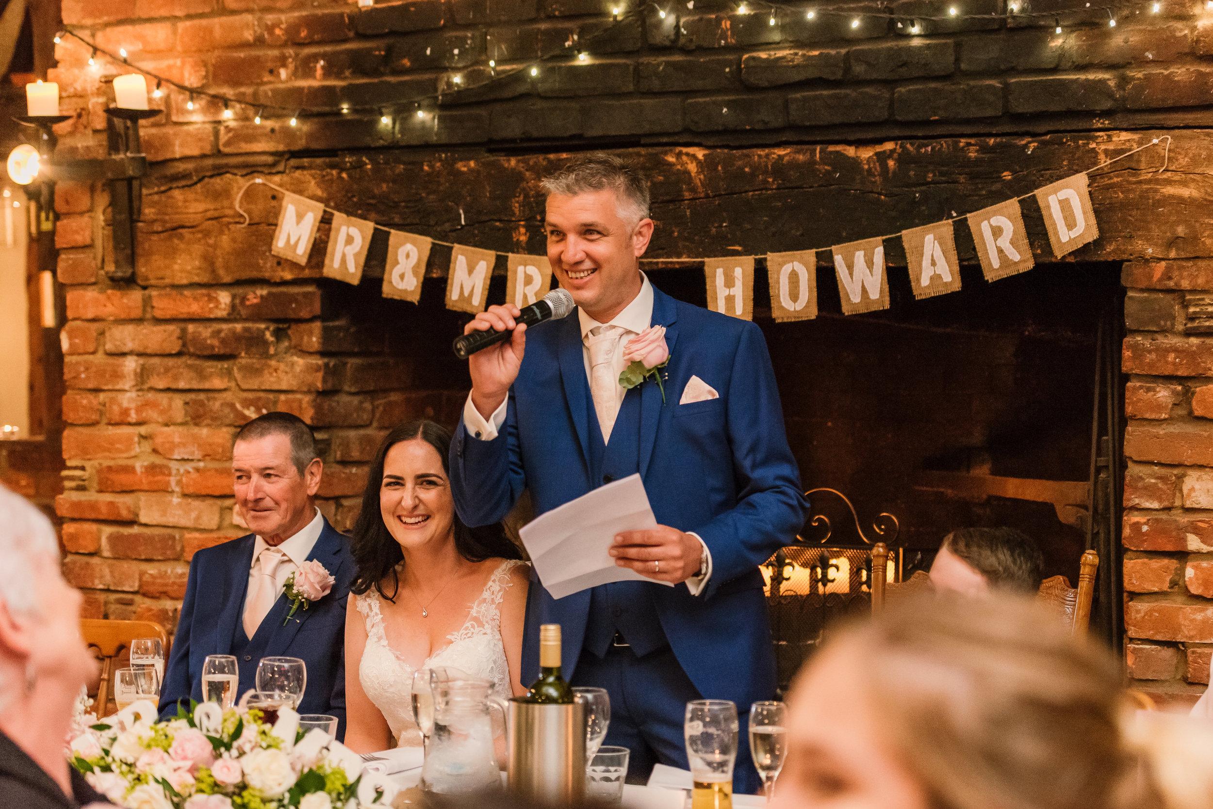 Sarah-Fishlock-Photography : Hampshire-wedding-photographer-hampshire : fleet-wedding-photographer-fleet : Meade-Hall-Wedding-Photographer : Meade-Hall-Wedding-Photos-828.jpg
