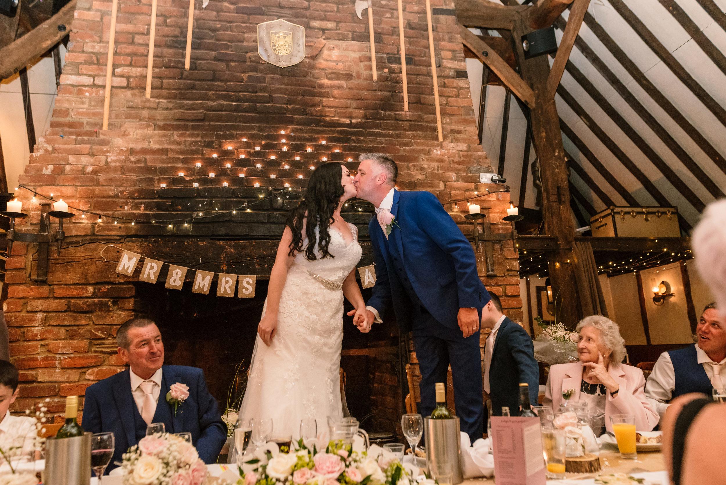 Sarah-Fishlock-Photography : Hampshire-wedding-photographer-hampshire : fleet-wedding-photographer-fleet : Meade-Hall-Wedding-Photographer : Meade-Hall-Wedding-Photos-956.jpg