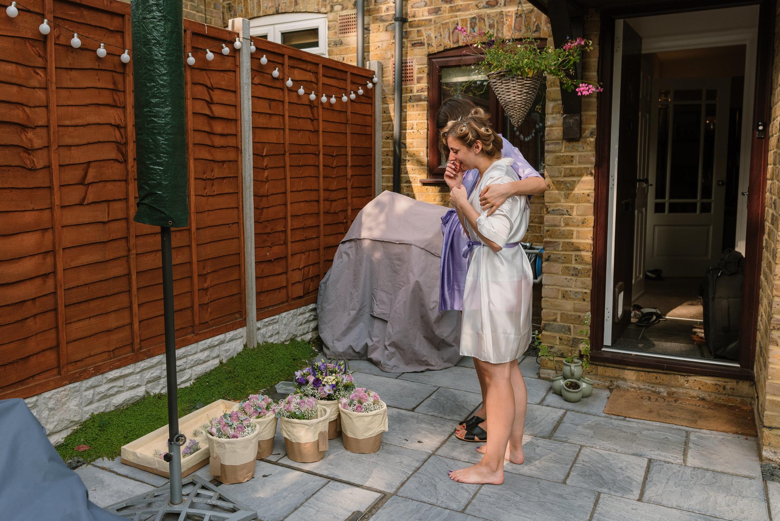 Hampshire Wedding Photographer Hampshire : Ufton-Court-Wedding : Barn-wedding-venue-hampshire : sarah-fishlock-photography : hampshire-barn-wedding-31.jpg