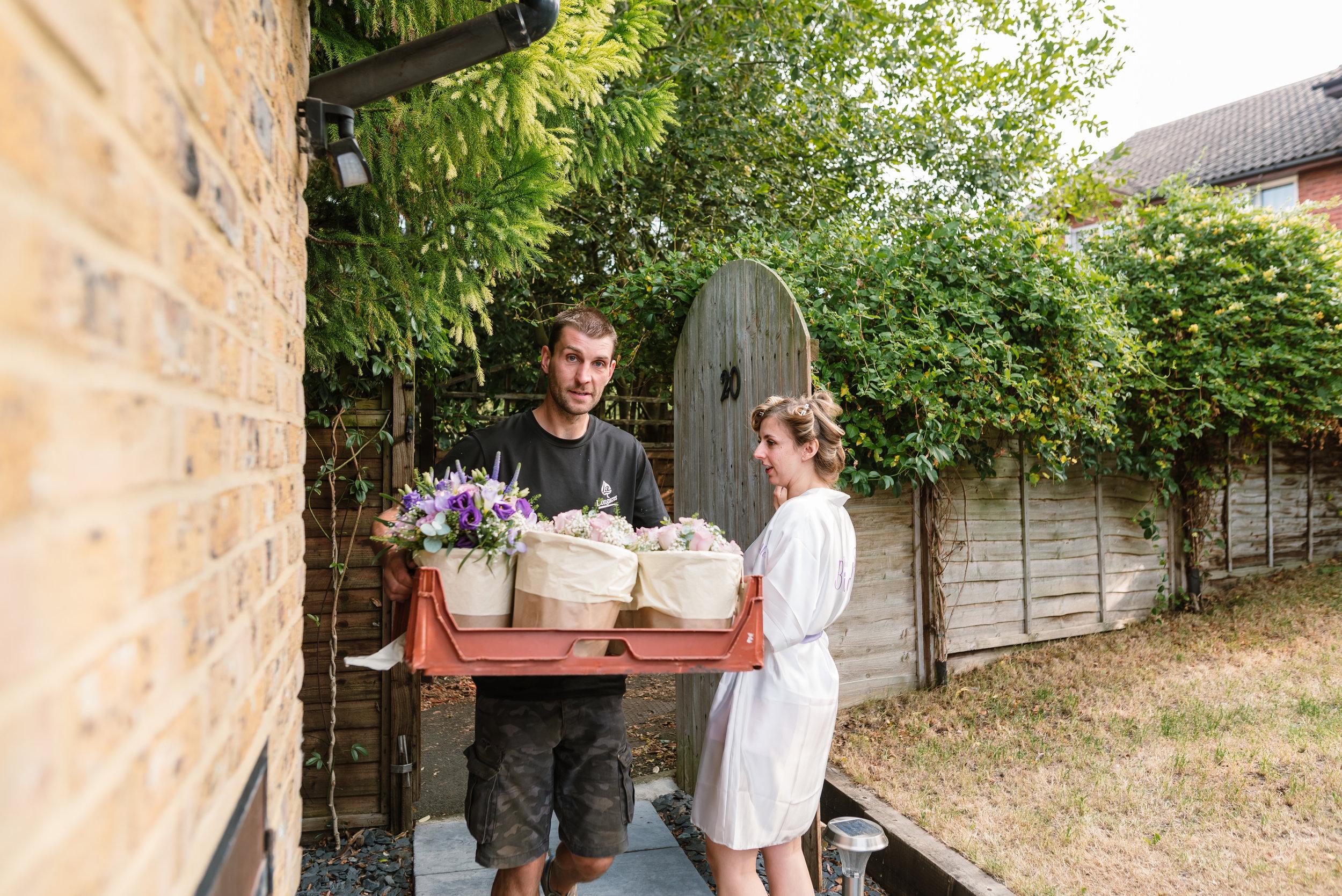 Hampshire Wedding Photographer Hampshire : Ufton-Court-Wedding : Barn-wedding-venue-hampshire : sarah-fishlock-photography : hampshire-barn-wedding-28.jpg