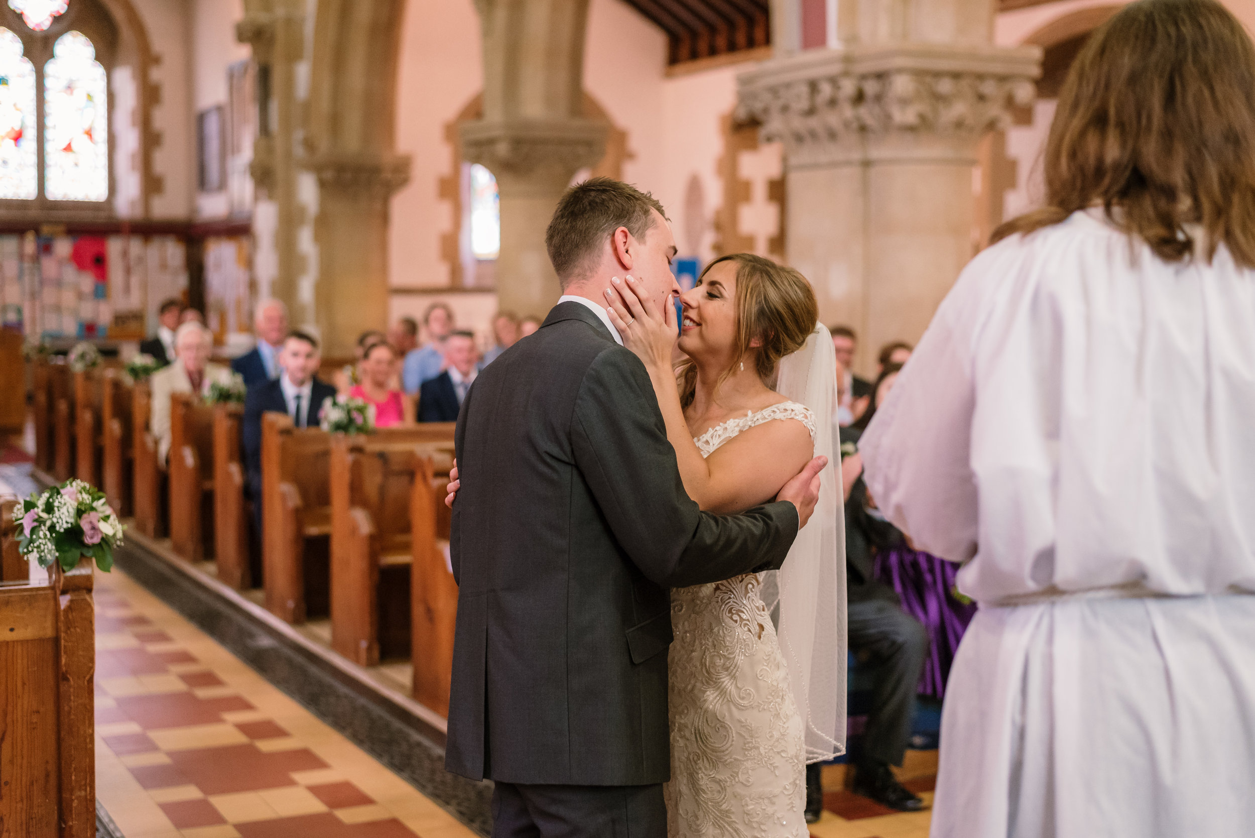 Hampshire Wedding Photographer Hampshire : Ufton-Court-Wedding : Barn-wedding-venue-hampshire : sarah-fishlock-photography : hampshire-barn-wedding-433.jpg