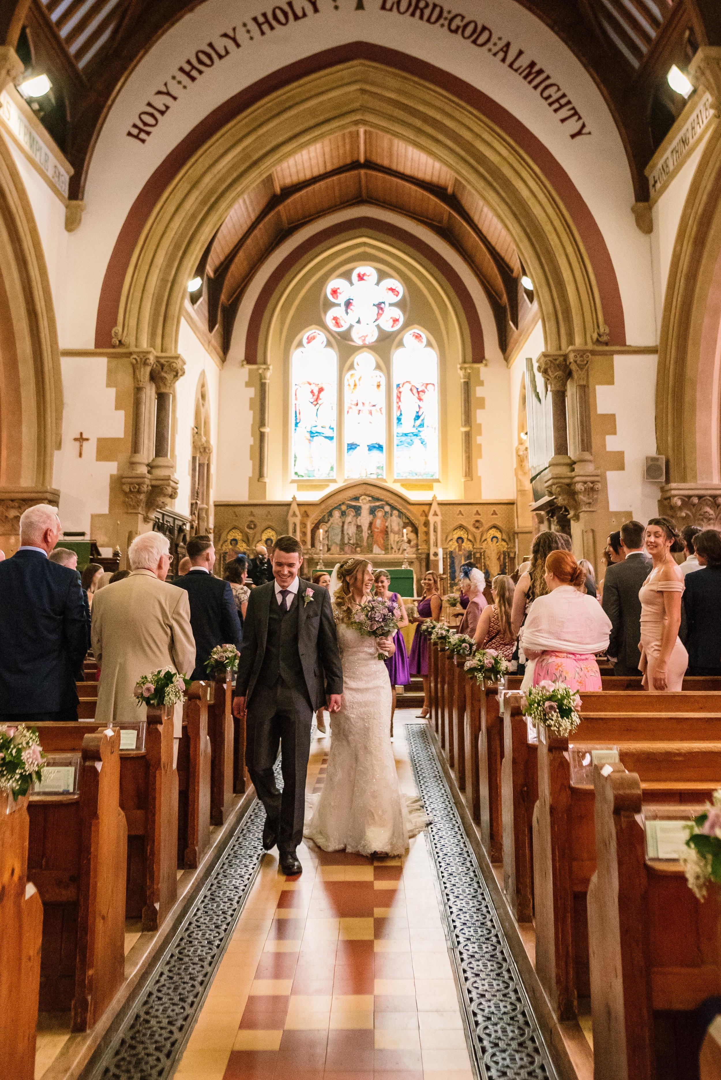 Hampshire Wedding Photographer Hampshire : Ufton-Court-Wedding : Barn-wedding-venue-hampshire : sarah-fishlock-photography : hampshire-barn-wedding-475.jpg