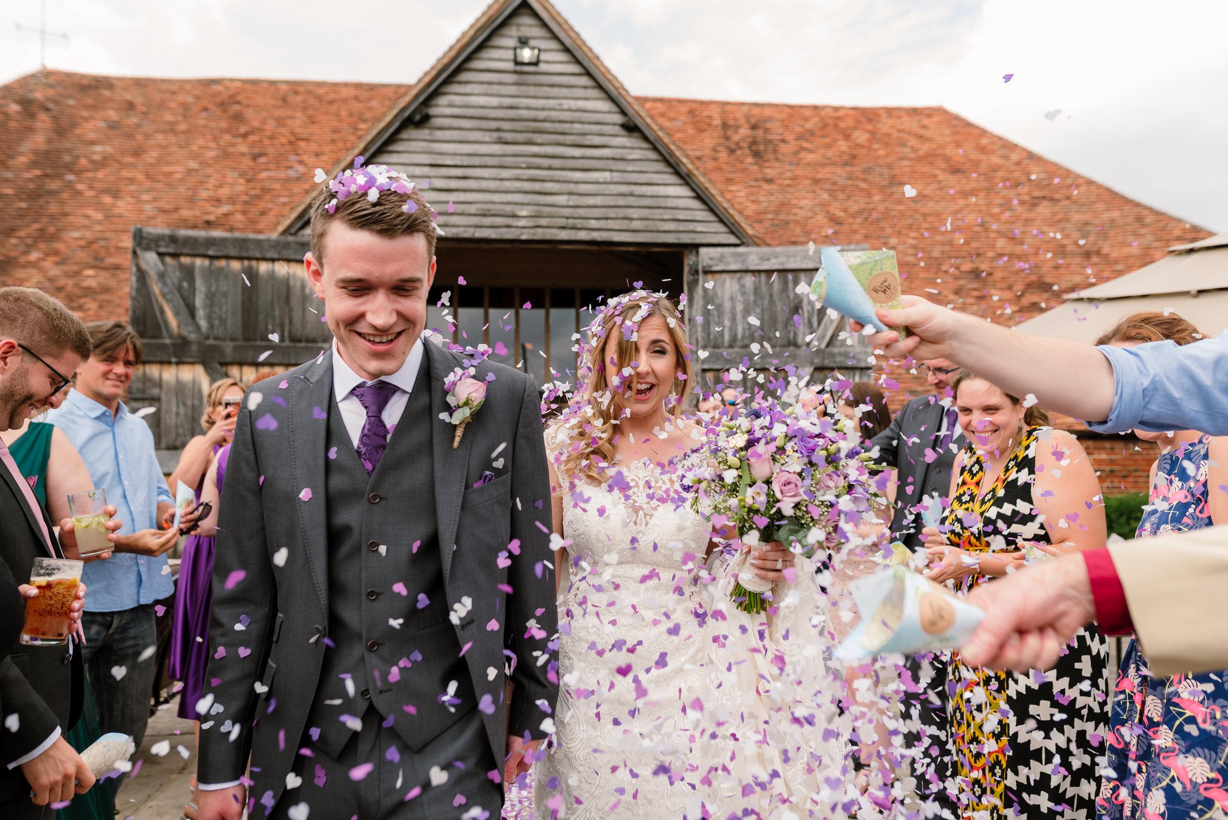 Hampshire Wedding Photographer Hampshire : Ufton-Court-Wedding : Barn-wedding-venue-hampshire : sarah-fishlock-photography : hampshire-barn-wedding-615.jpg