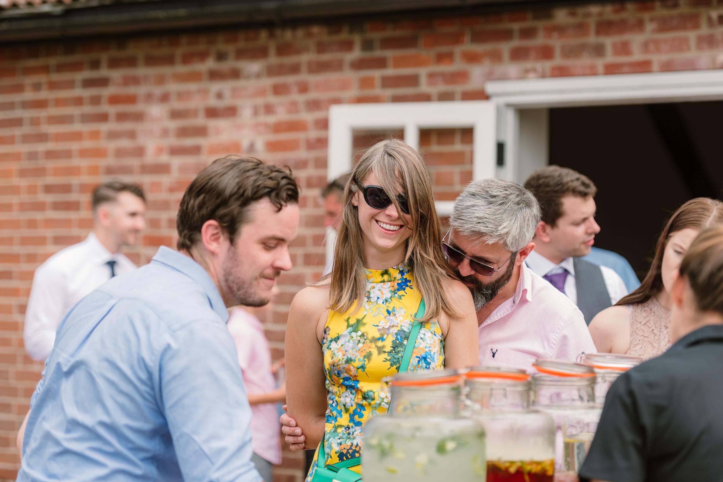Hampshire Wedding Photographer Hampshire : Ufton-Court-Wedding : Barn-wedding-venue-hampshire : sarah-fishlock-photography : hampshire-barn-wedding-698.jpg