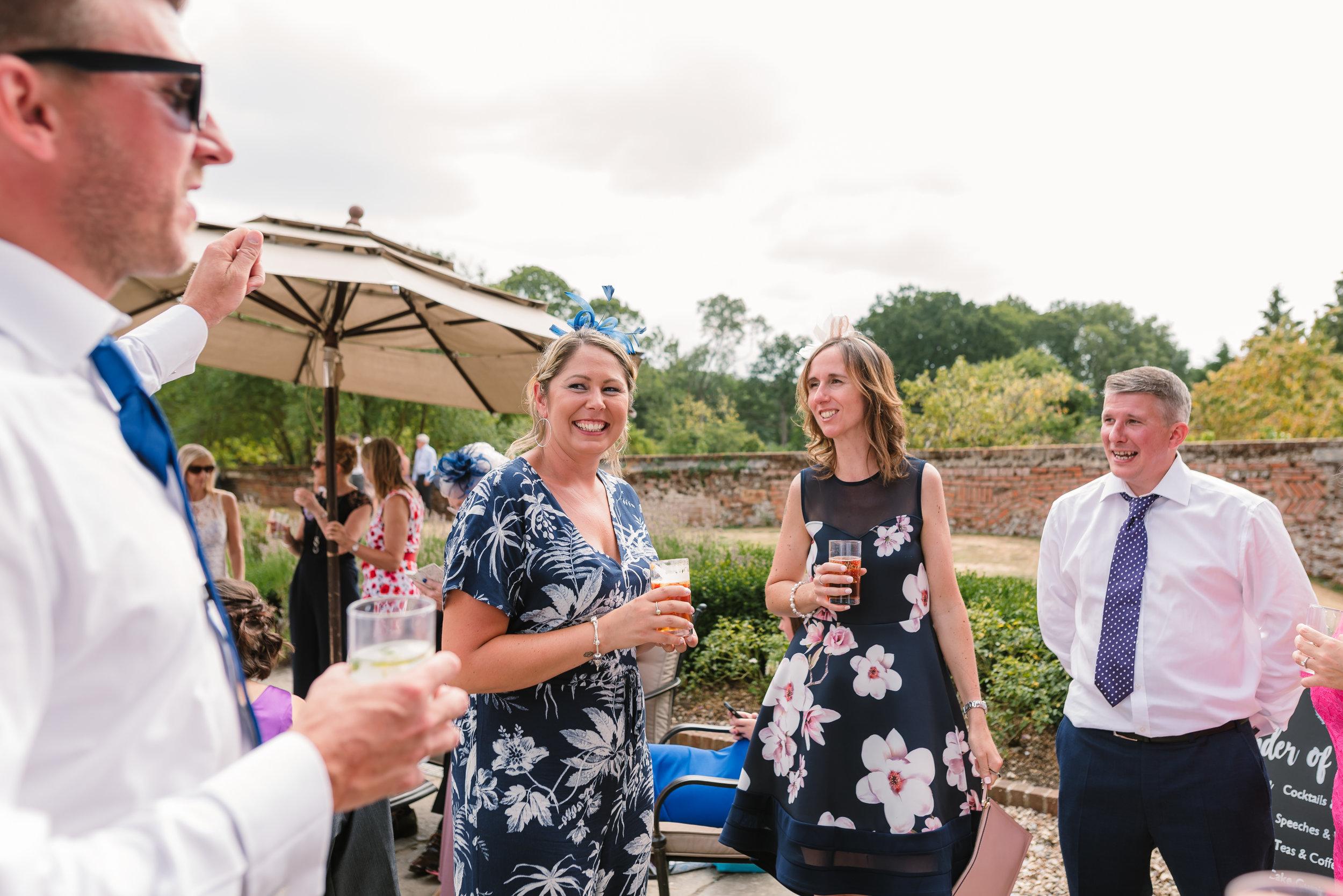 Hampshire Wedding Photographer Hampshire : Ufton-Court-Wedding : Barn-wedding-venue-hampshire : sarah-fishlock-photography : hampshire-barn-wedding-776.jpg
