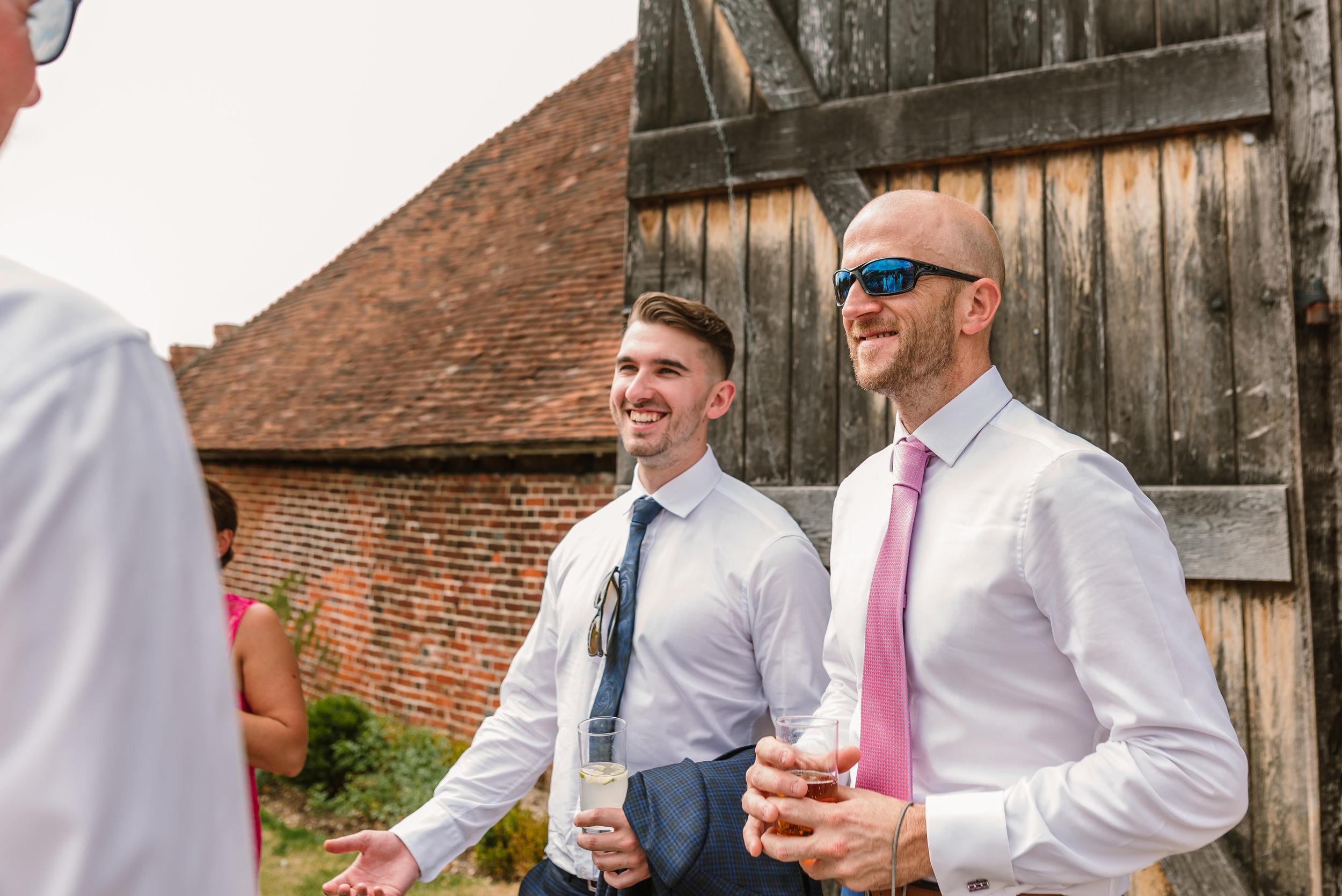 Hampshire Wedding Photographer Hampshire : Ufton-Court-Wedding : Barn-wedding-venue-hampshire : sarah-fishlock-photography : hampshire-barn-wedding-778.jpg