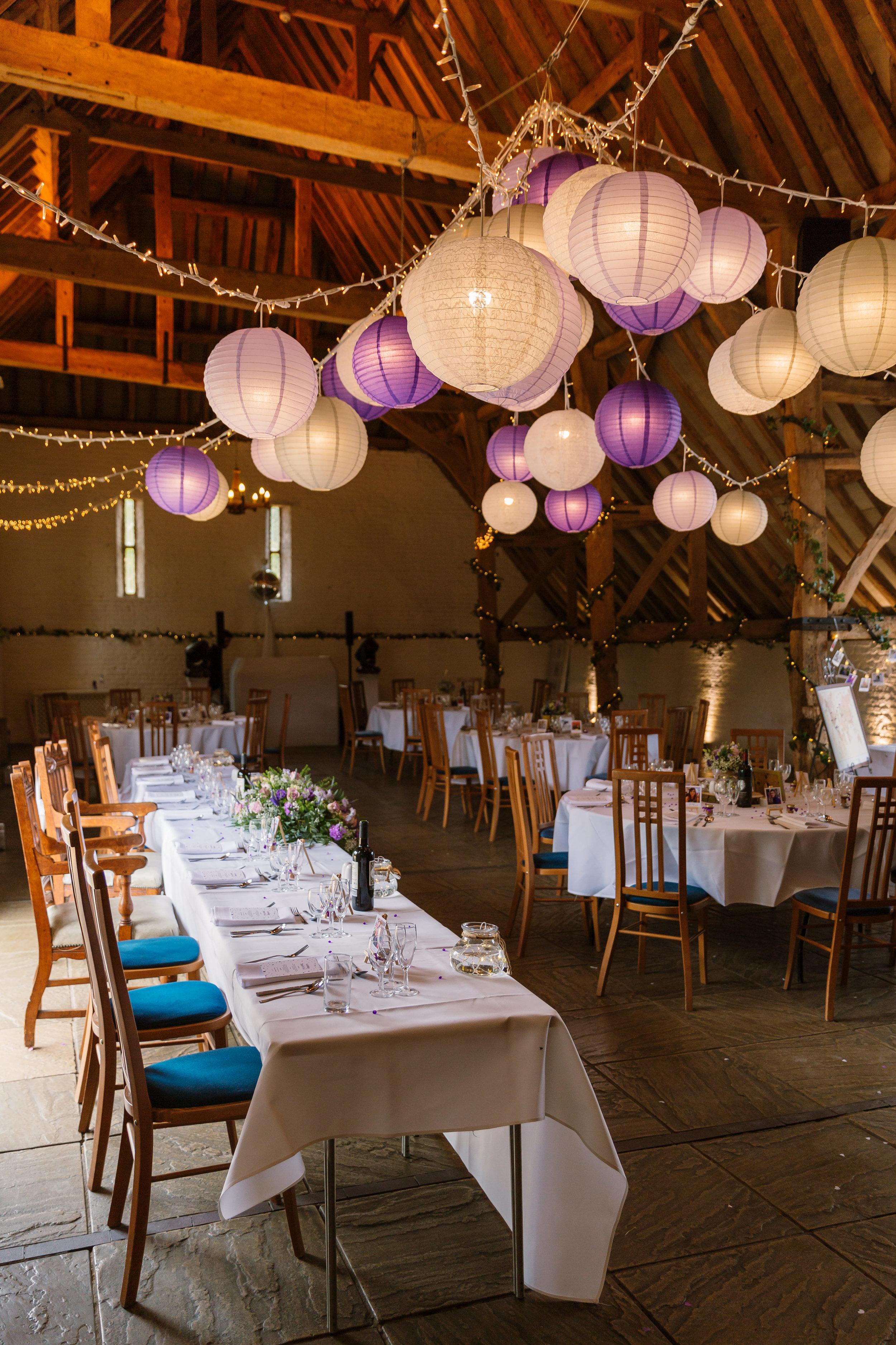 Hampshire Wedding Photographer Hampshire : Ufton-Court-Wedding : Barn-wedding-venue-hampshire : sarah-fishlock-photography : hampshire-barn-wedding-721.jpg