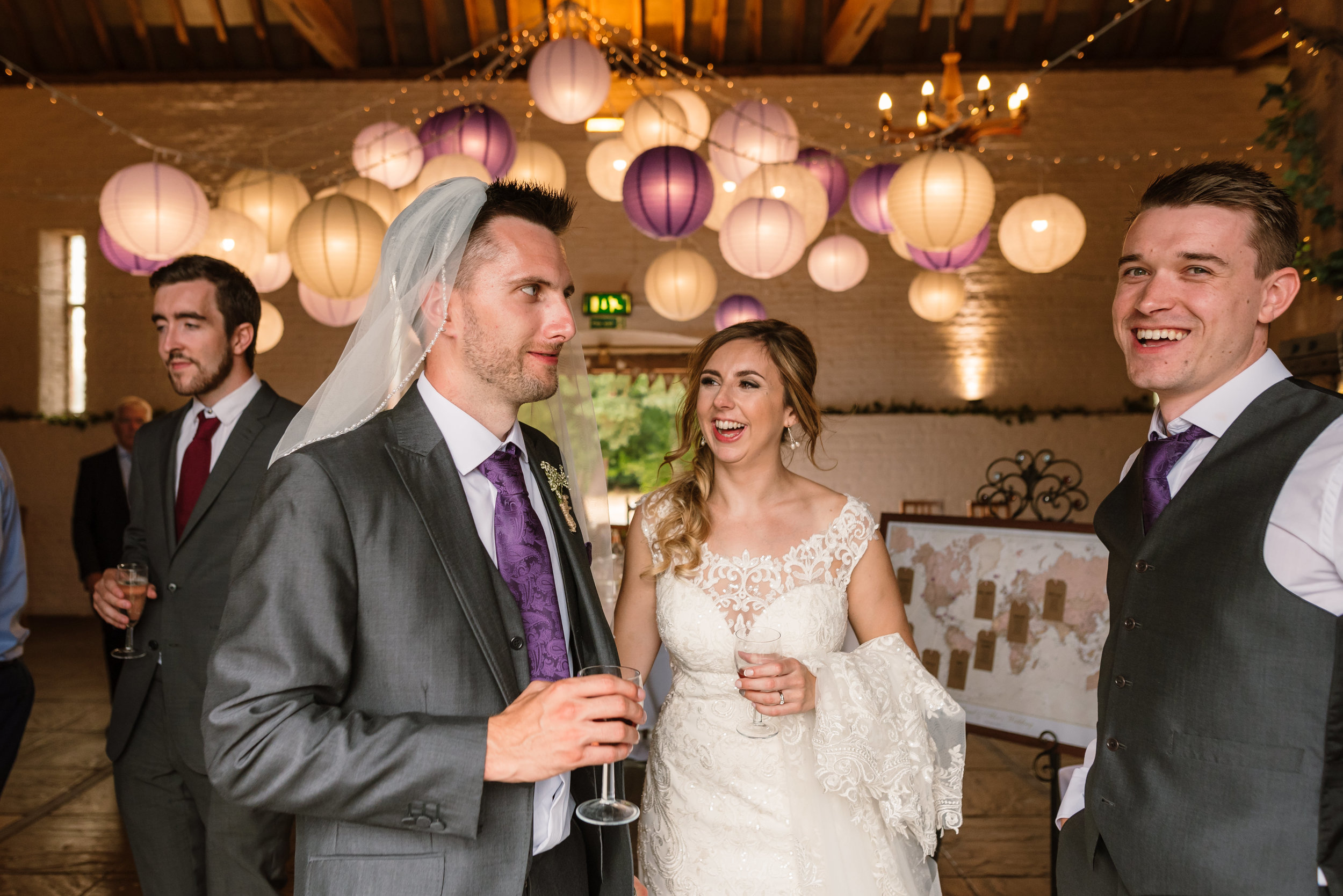 Hampshire Wedding Photographer Hampshire : Ufton-Court-Wedding : Barn-wedding-venue-hampshire : sarah-fishlock-photography : hampshire-barn-wedding-977.jpg