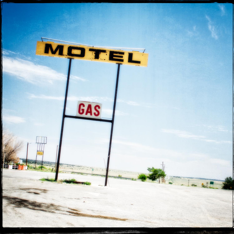 Longhorn Ranch Motel