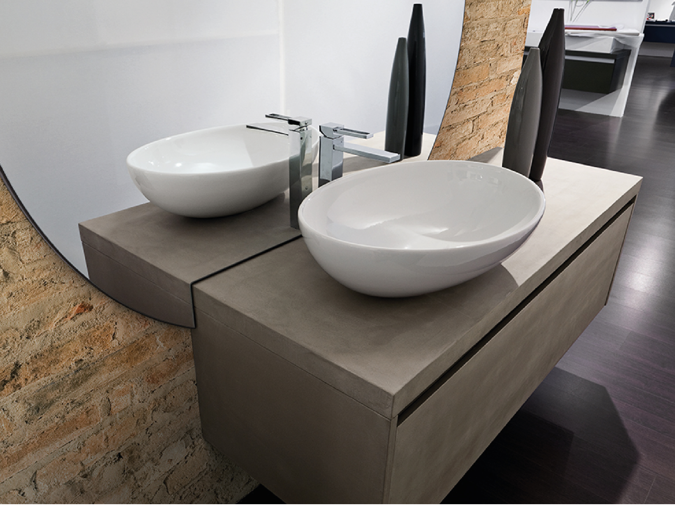 bathrooms-01.jpg