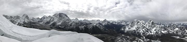 Panorama from Lobuche showing (L to R) Pumo-Ri, Everest, Nuptse, Ama Dablam and Cholatse