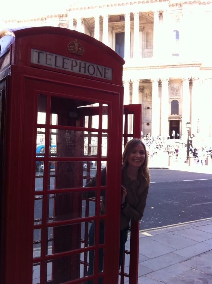 London calling! I was fortunate enough to enjoy Easter vacation with my host family on a week-long trip to England.
