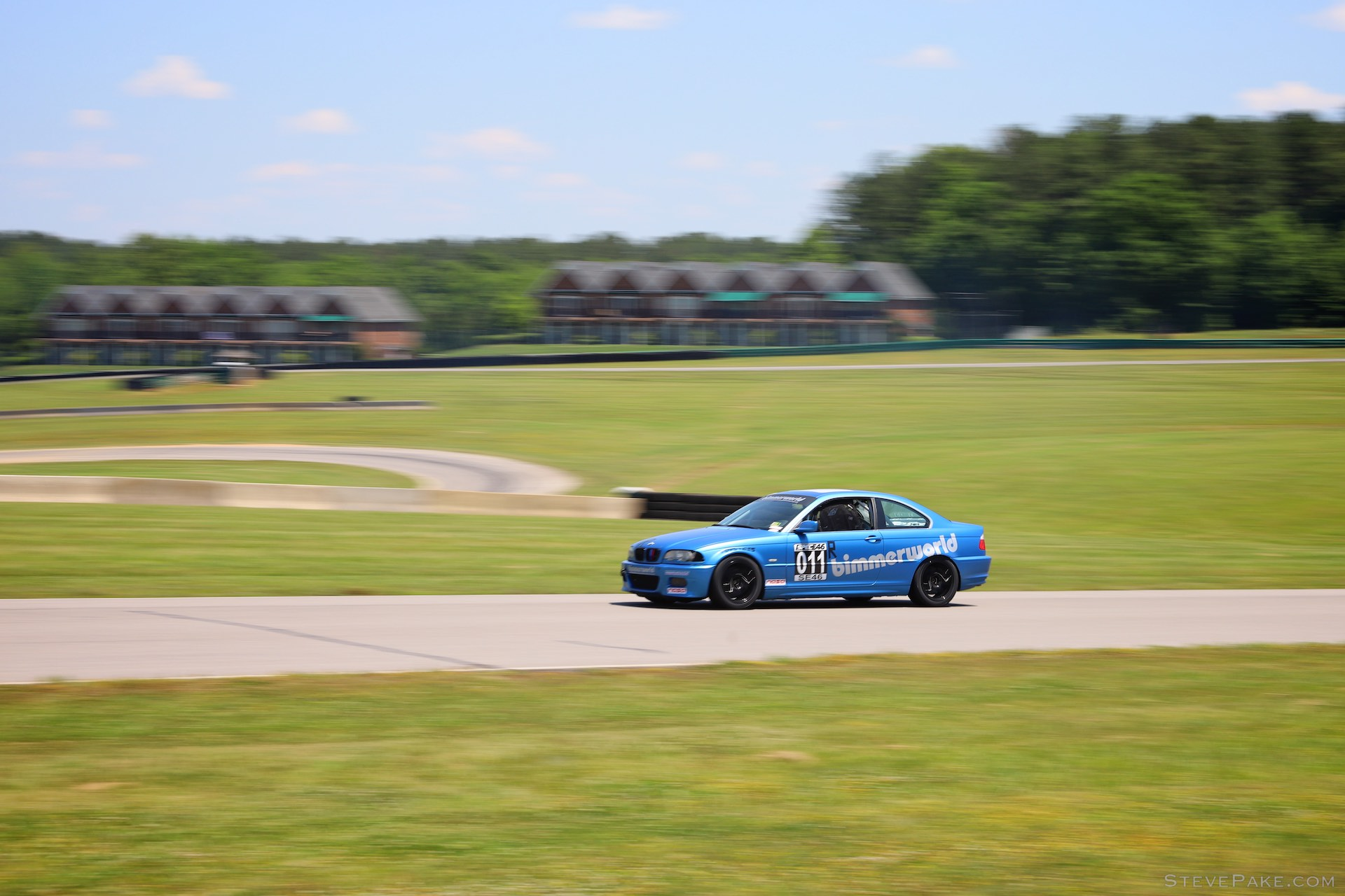 A Spec E46 car blasting away from the South Paddock, and probably one of my favorite captures of the whole weekend.